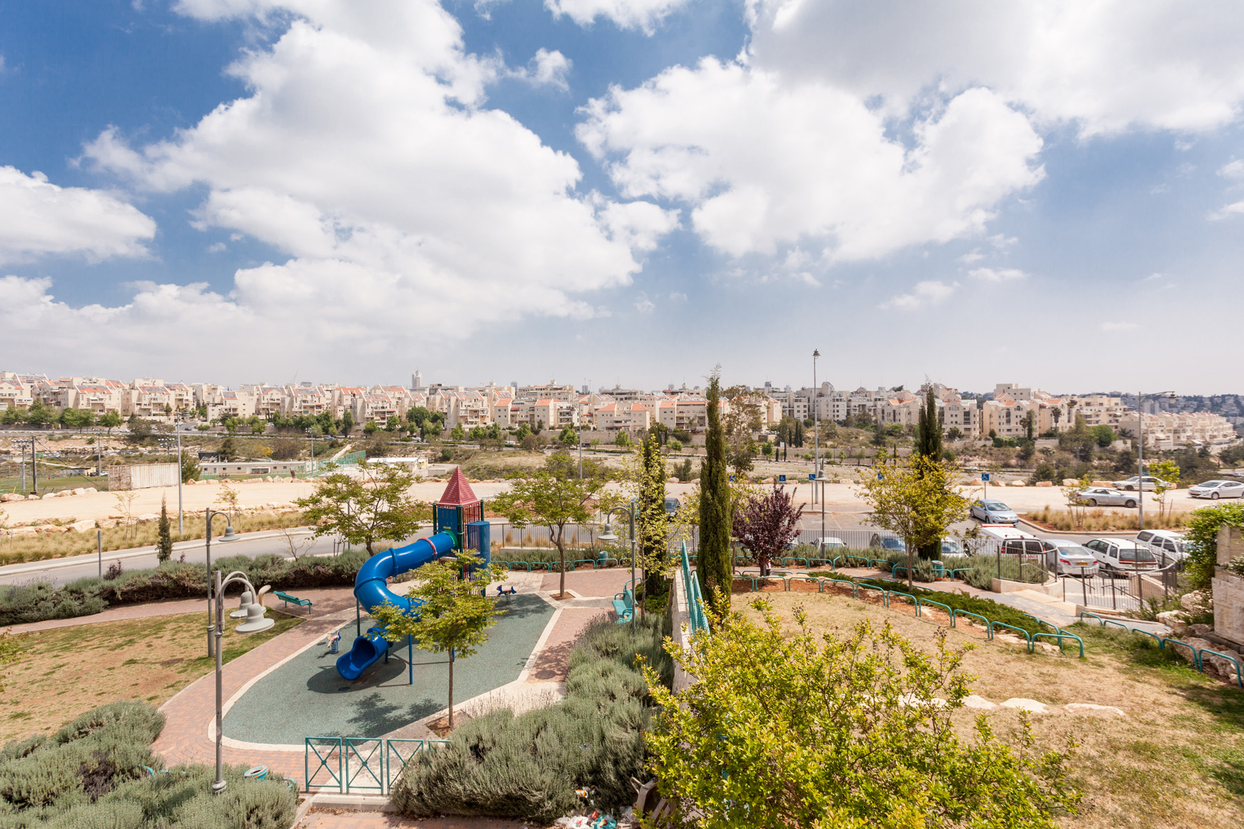 Additional photo for property listing at Stately Brand New Luxury Apartment 耶路撒冷, 以色列 以色列