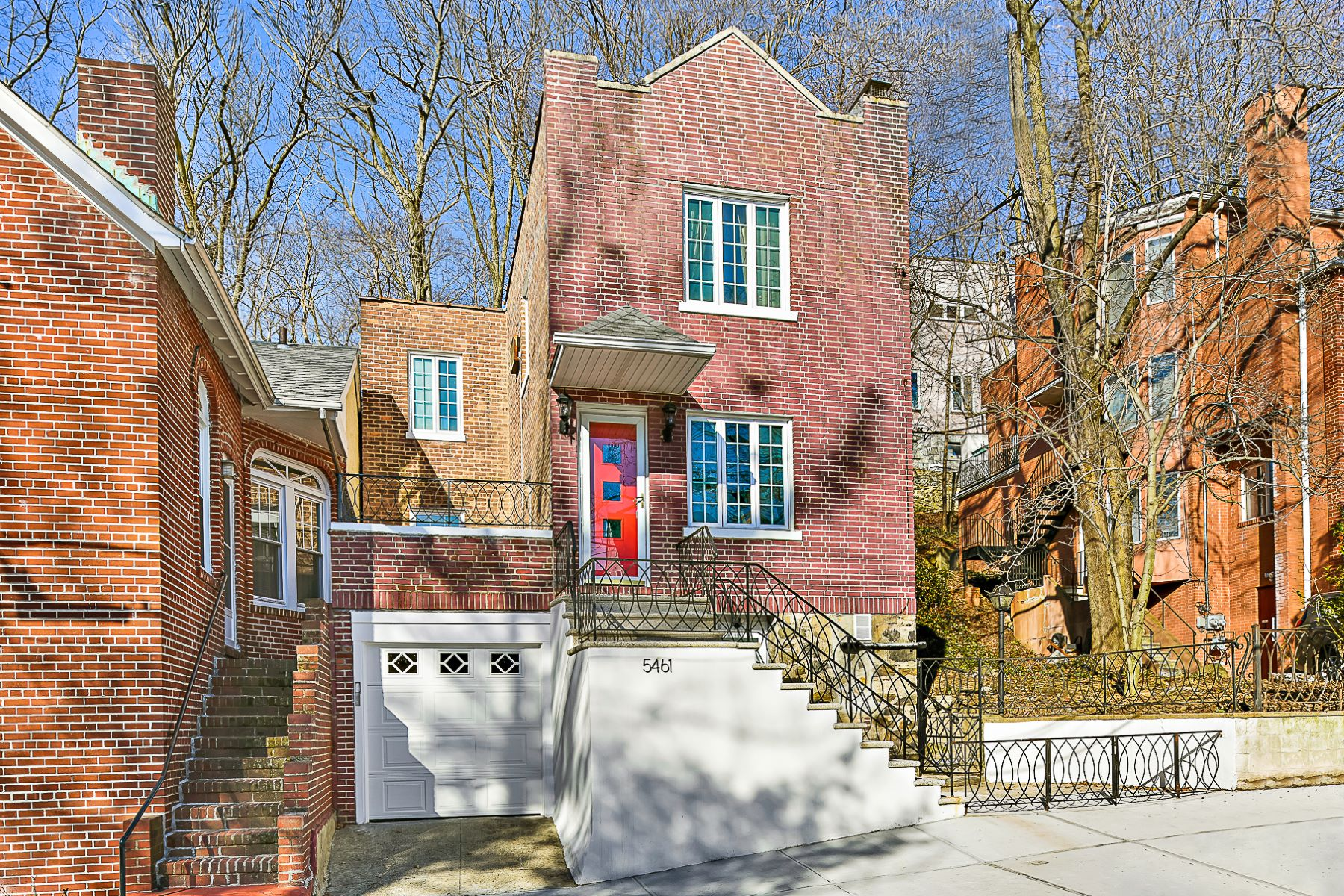 Single Family Home for Active at Move-in Ready, Renovated Charming Red Brick Home 5461 Sylvan Avenue Riverdale, New York 10461 United States