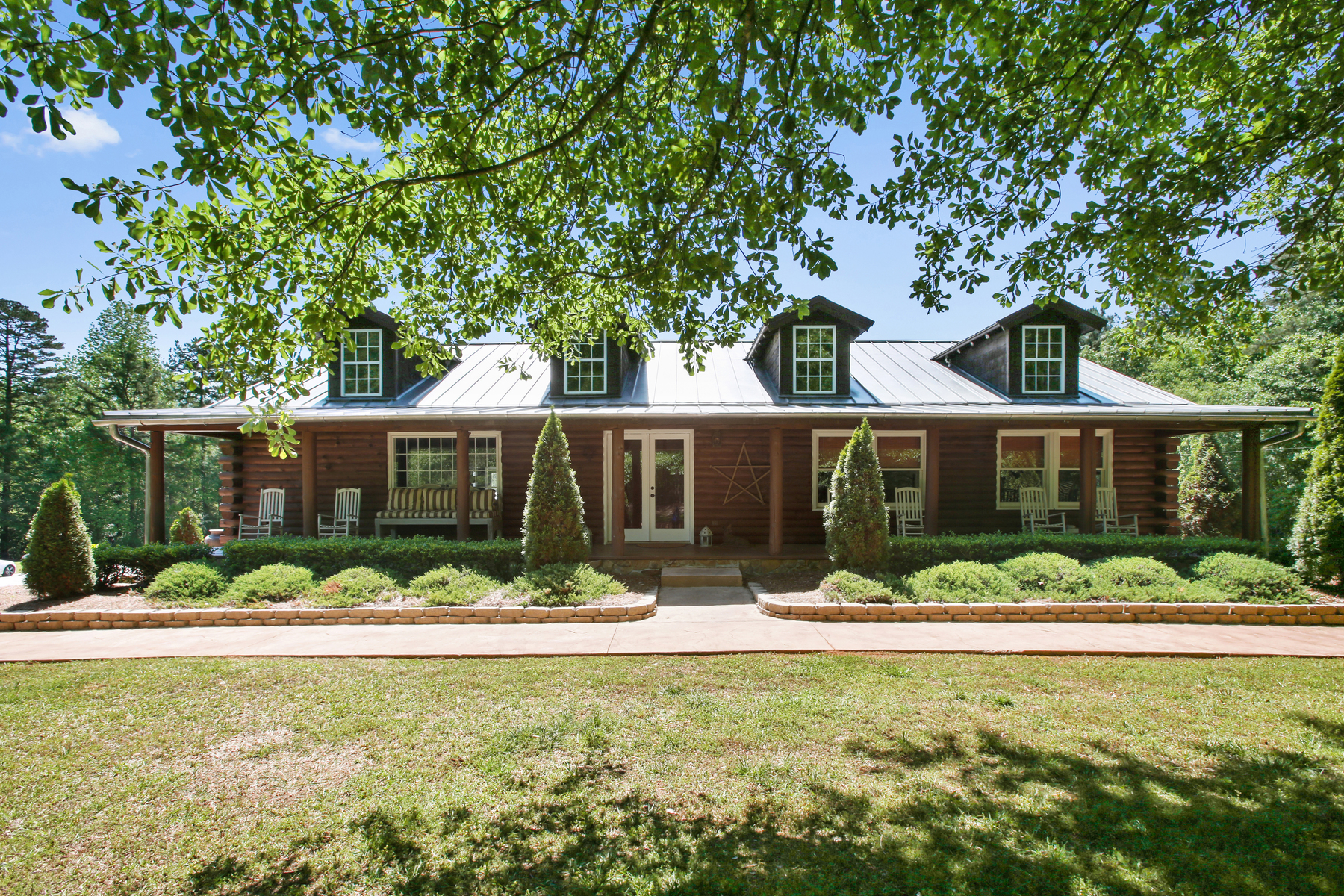 Single Family Home for Active at Stunning Equestrian Property With Income Potential 12000 Hutcheson Ferry Road Palmetto, Georgia 30268 United States