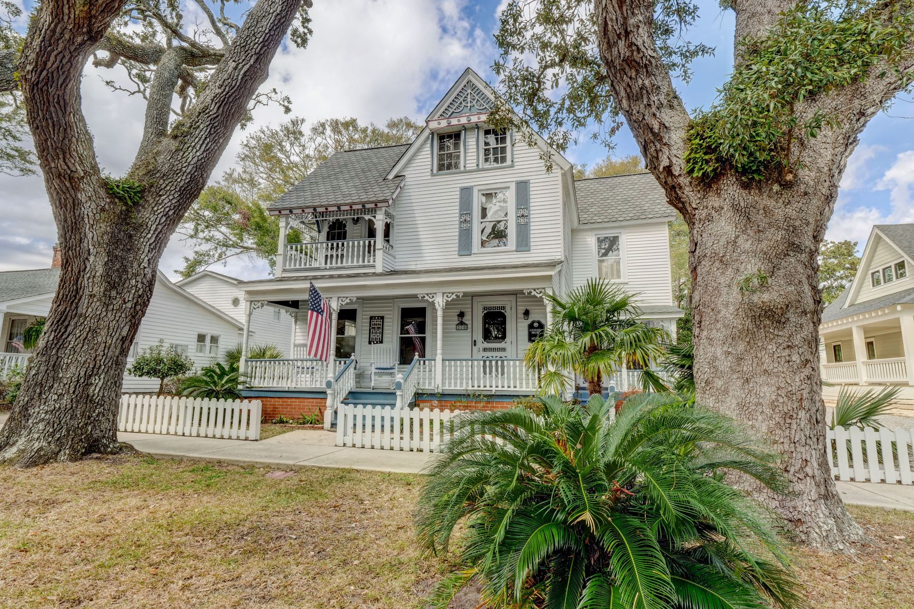 Single Family Homes for Sale at Characteristic Historic Home 210 W West Street Southport, North Carolina 28461 United States