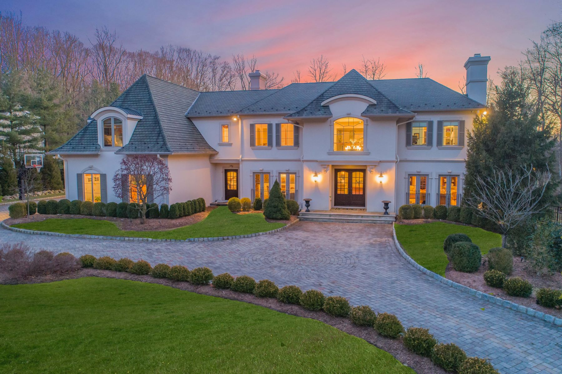 Single Family Home for Sale at Spectacular Estate 80 Glenwood Rd, Upper Saddle River, New Jersey 07458 United States