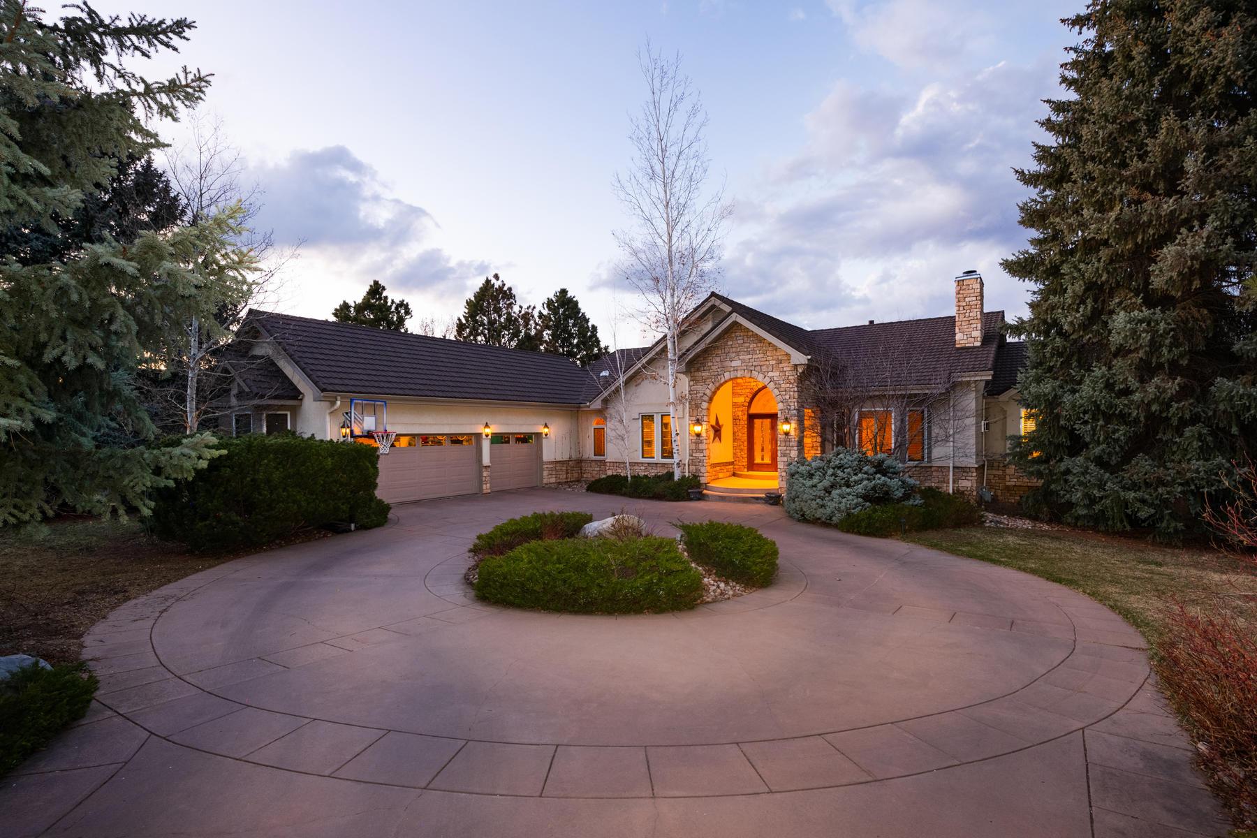 Single Family Homes のために 売買 アット Rare & Unique Opportunity in Greenwood HIlls! 5757 E Ida Circle, Greenwood Village, コロラド 80111 アメリカ