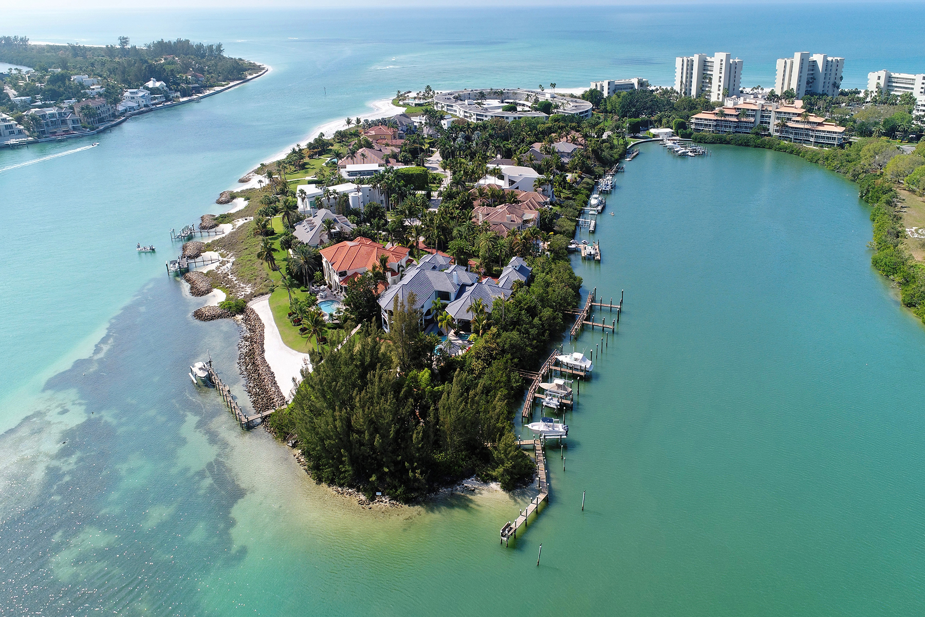 Single Family Homes por un Venta en 15 Lighthouse Point Dr, Longboat Key, Florida 34228 Estados Unidos