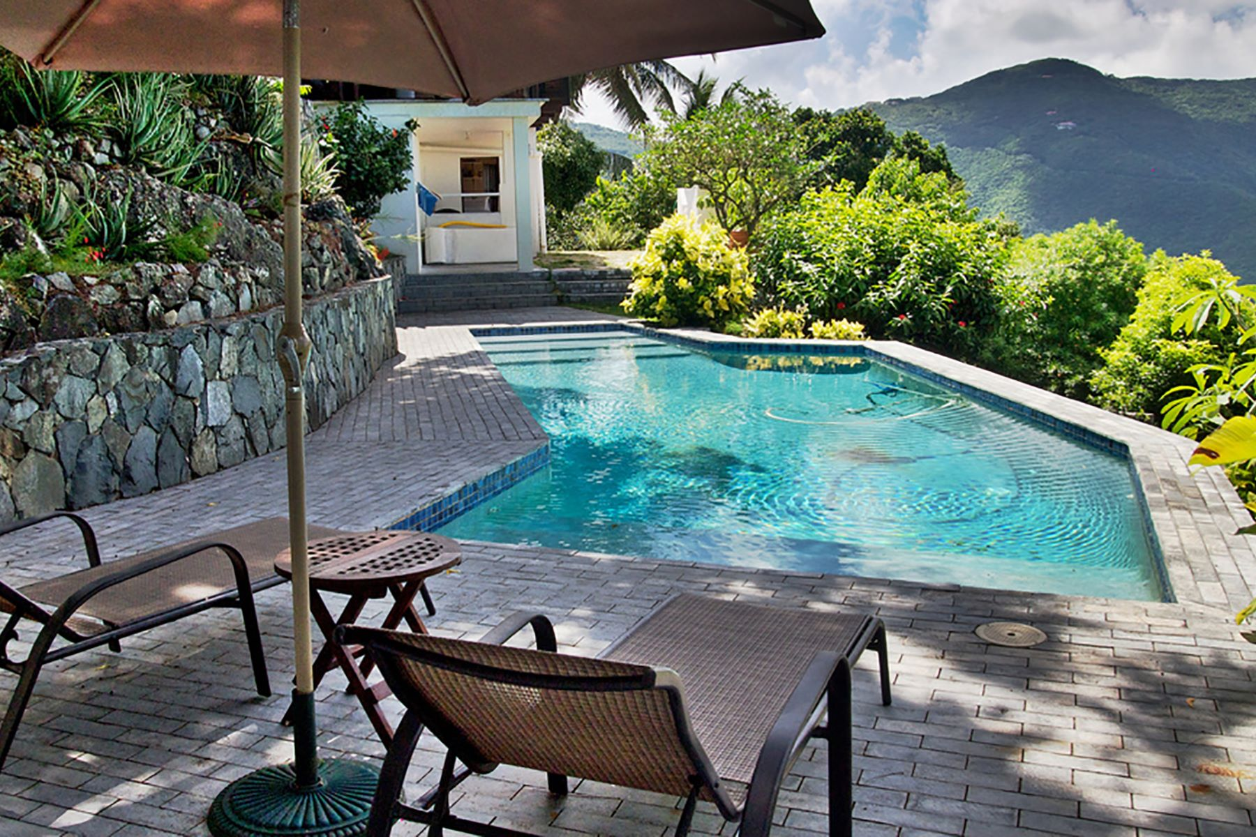 Additional photo for property listing at Hawk's View Soldiers Hill, Tortola British Virgin Islands