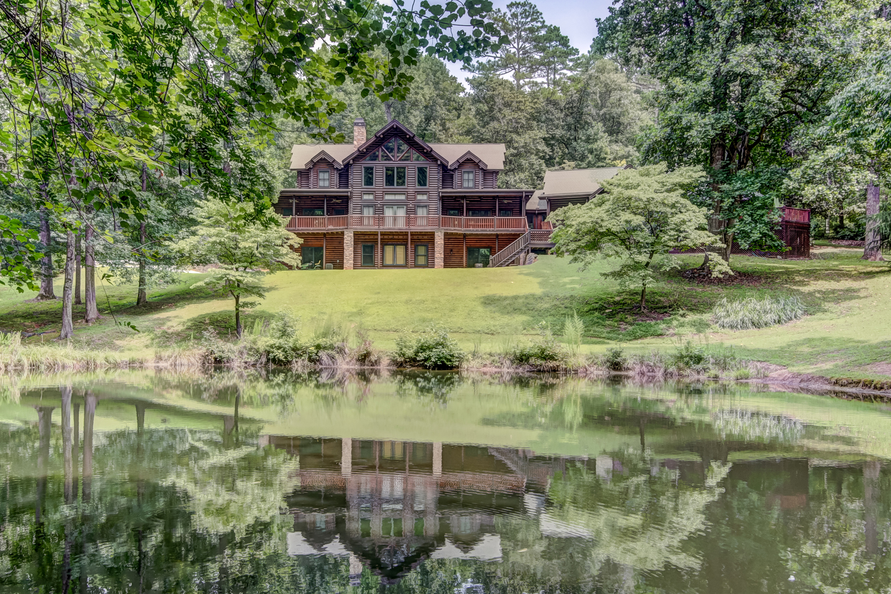 Single Family Home for Sale at A Natural Oasis In Sandy Springs 8900 Island Ferry Rd Sandy Springs, Georgia 30350 United States
