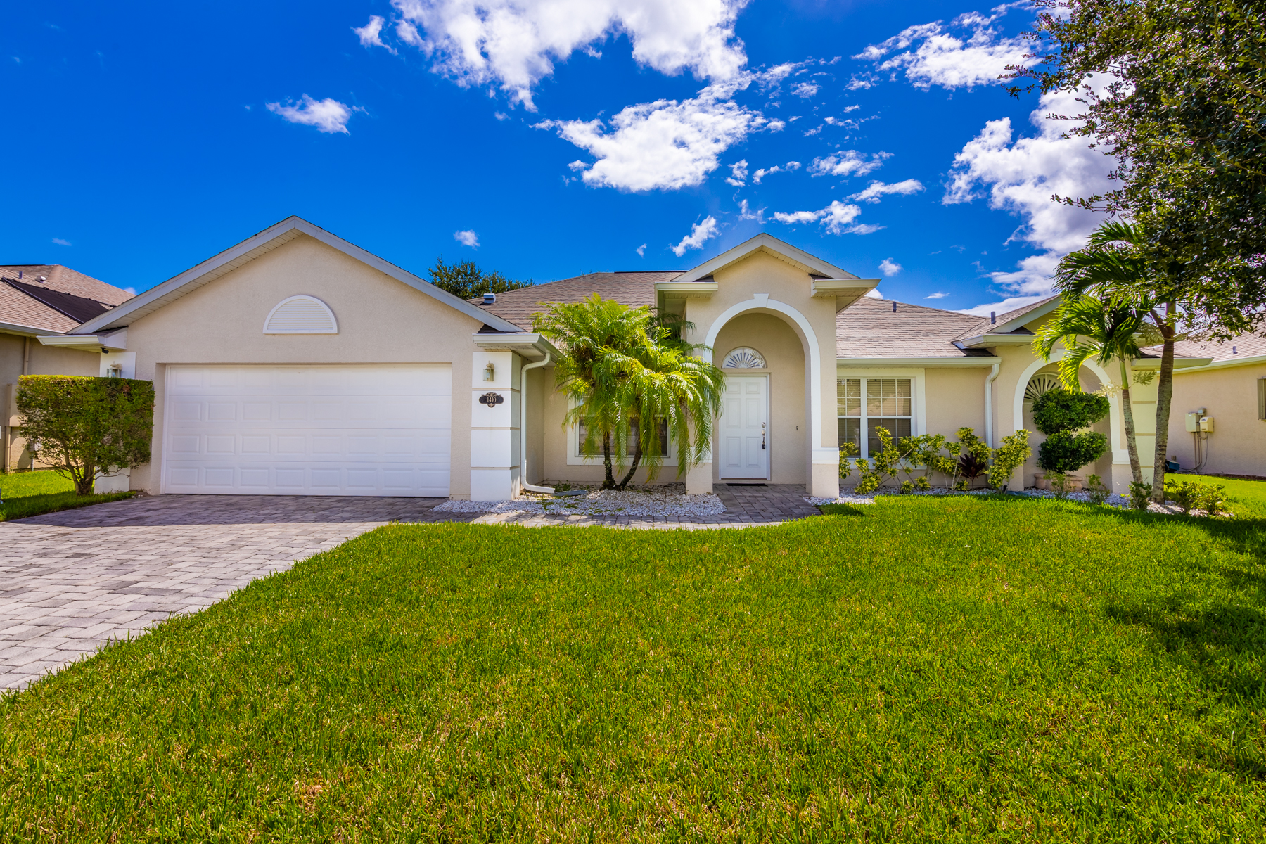 Well Maintained Home in Centrally Located Tamarind Estates 1410 Tamango Drive West Melbourne, Florida 32904 Stati Uniti