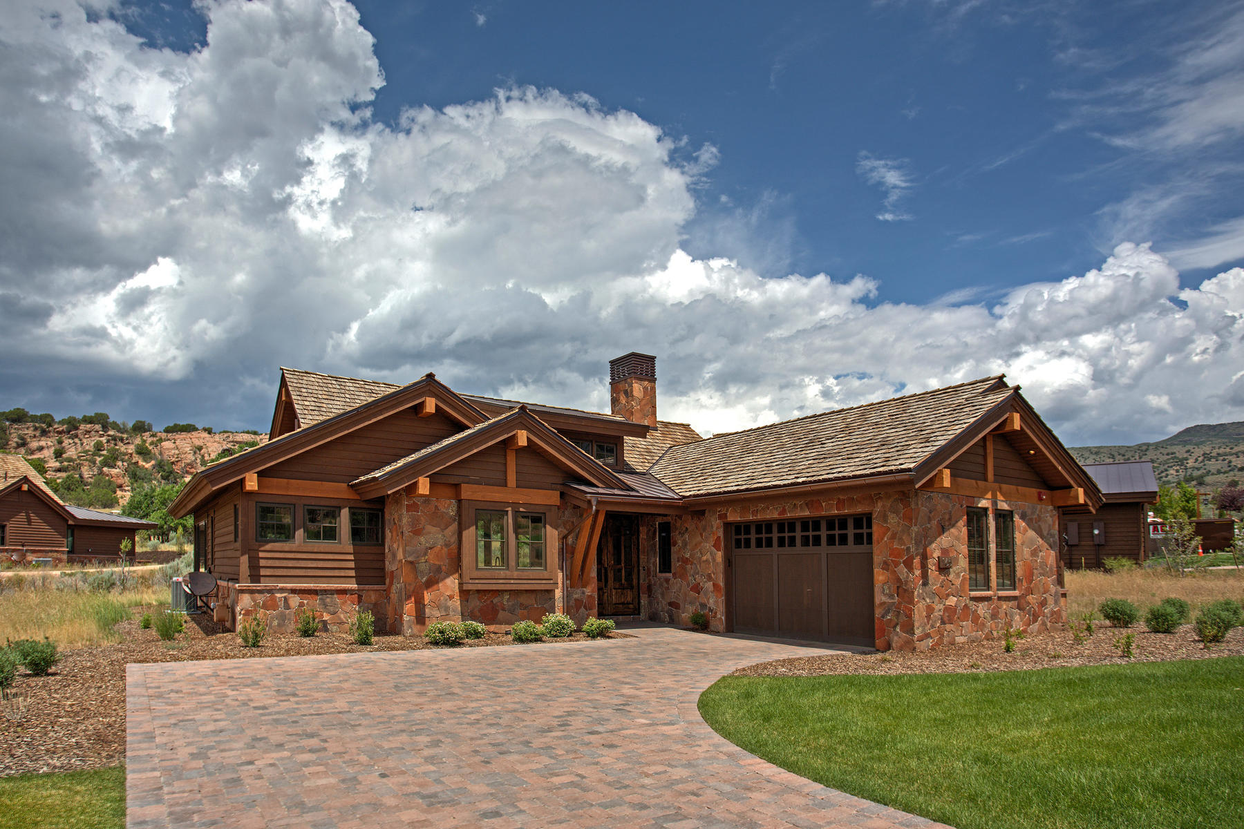 Casa Unifamiliar por un Venta en A sophisticated golf retreat among the junipers and red rocks 165 N Club Cabins Ct. #4 Heber City, Utah, 84032 Estados Unidos