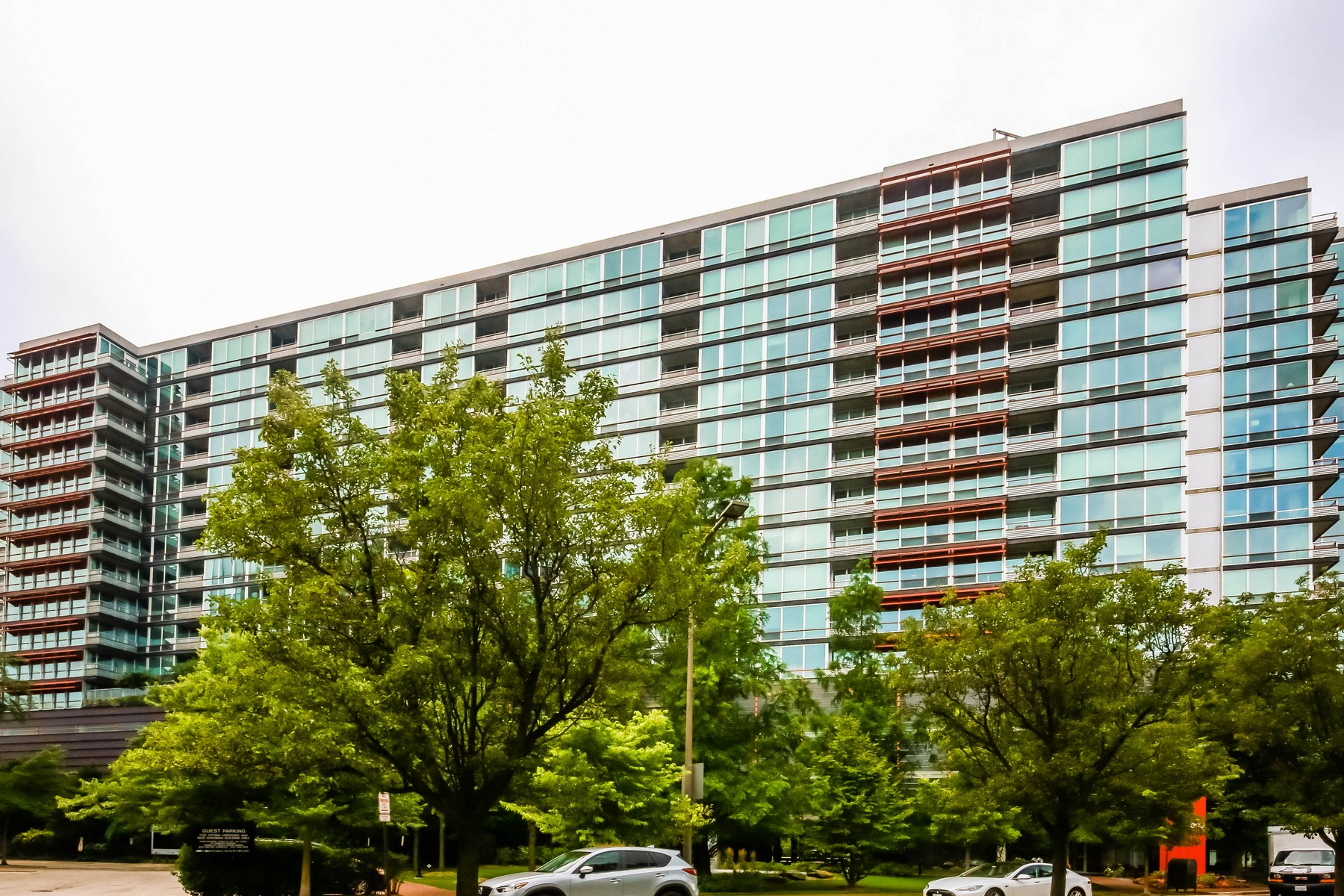 Condominium for Sale at Unique Two Bedroom Condo 800 Elgin Road Unit 1419, Evanston, Illinois, 60201 United States