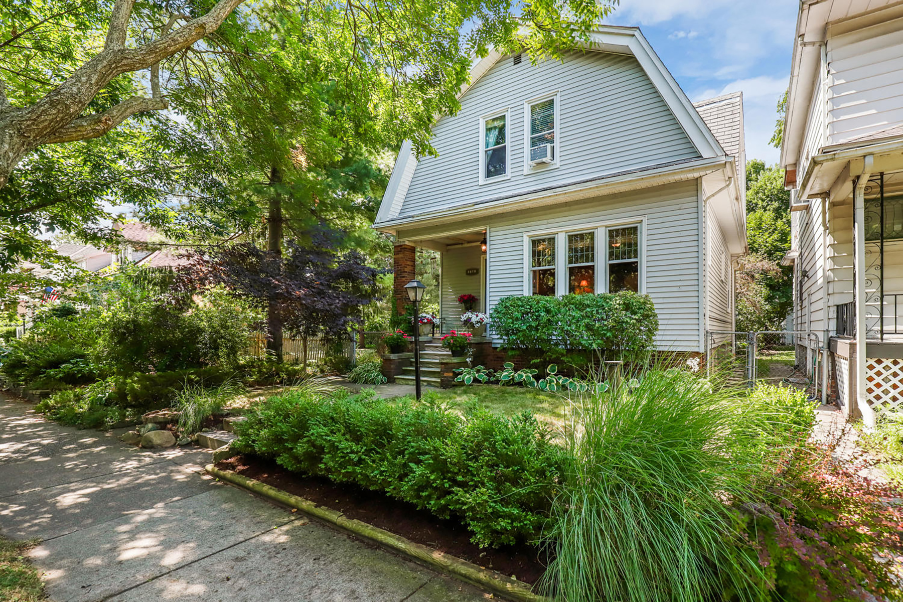 Single Family Homes for Sale at Grosse Pointe Park 1141 Lakepointe St Grosse Pointe Park, Michigan 48230 United States