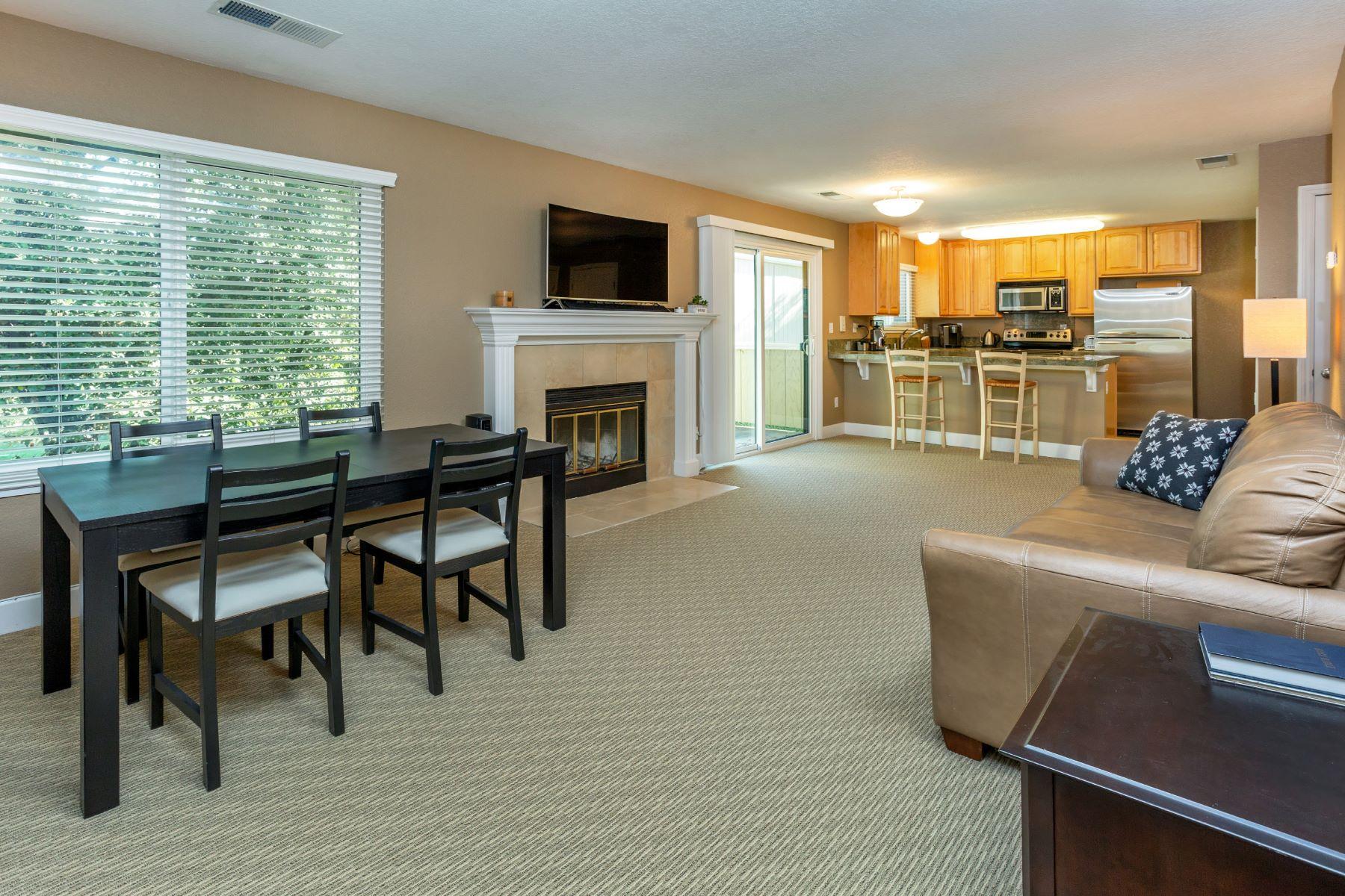 Condominiums for Sale at Rarely Available Top-Floor Condo 60 Hector Lane Novato, California 94949 United States