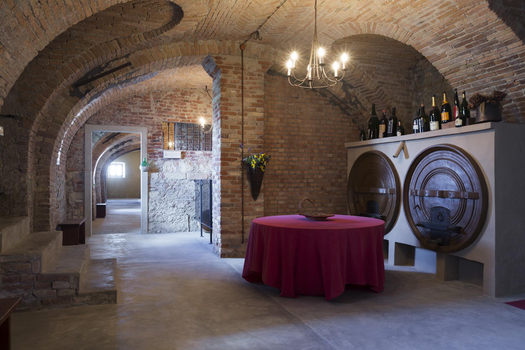 Additional photo for property listing at Historical villa on the Monferrato hills Ponzano Monferrato, Alessandria Italia