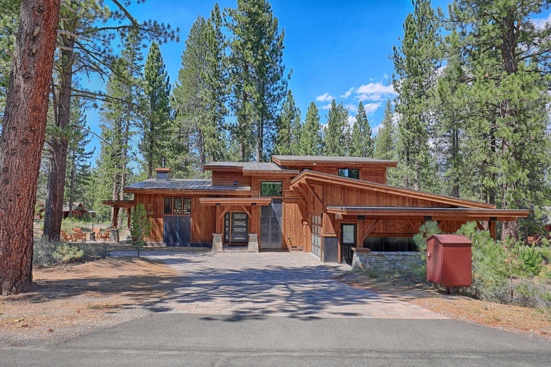 Single Family Homes for Active at Grey's Crossing Modern Craftsman 11090 Henness Road Truckee, California 96161 United States