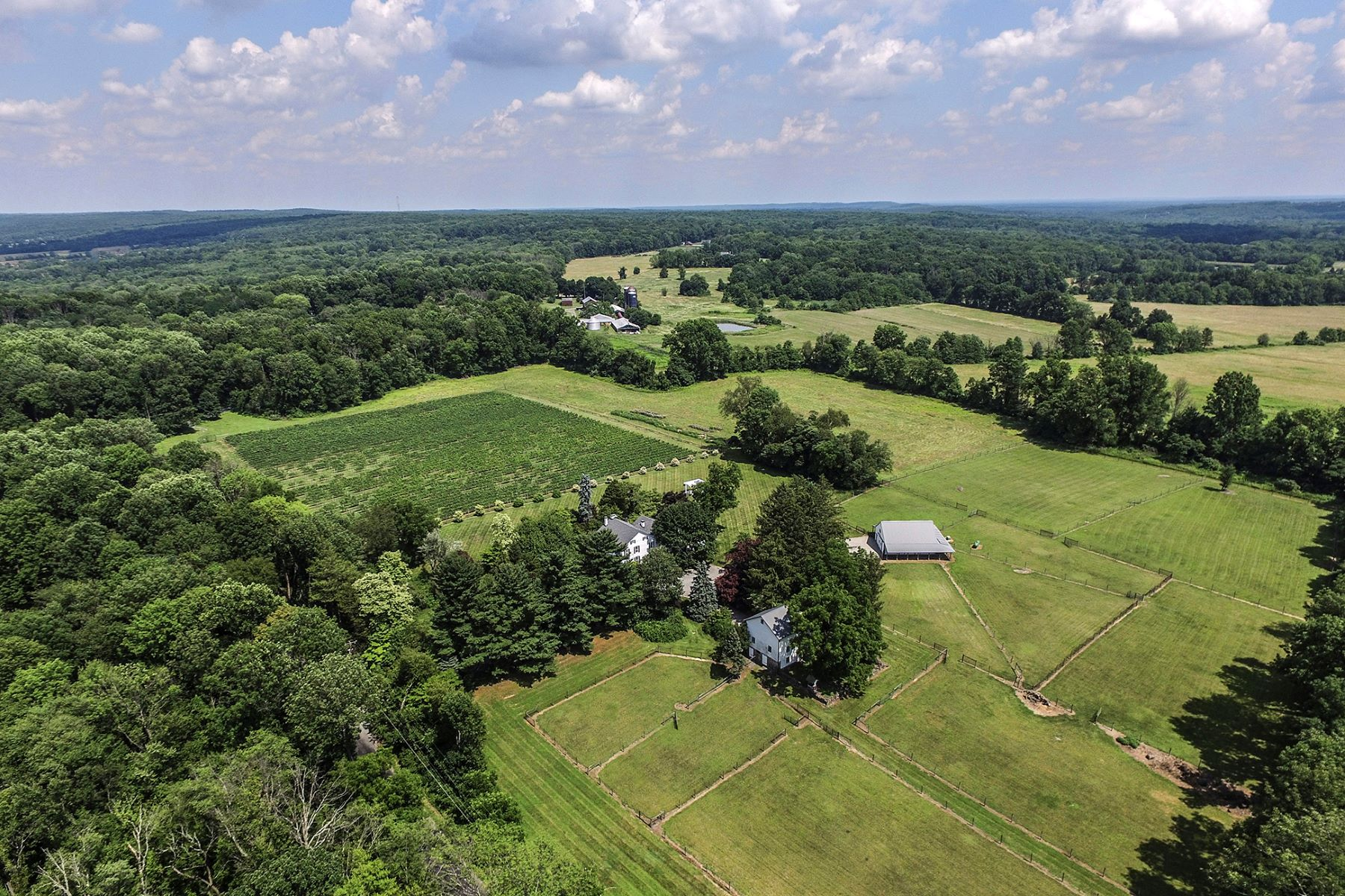 Single Family Home for Sale at Luxurious Country Living at Bell Well Farm - East Amwell Township 121 Rocktown Road Ringoes, 08551 United States