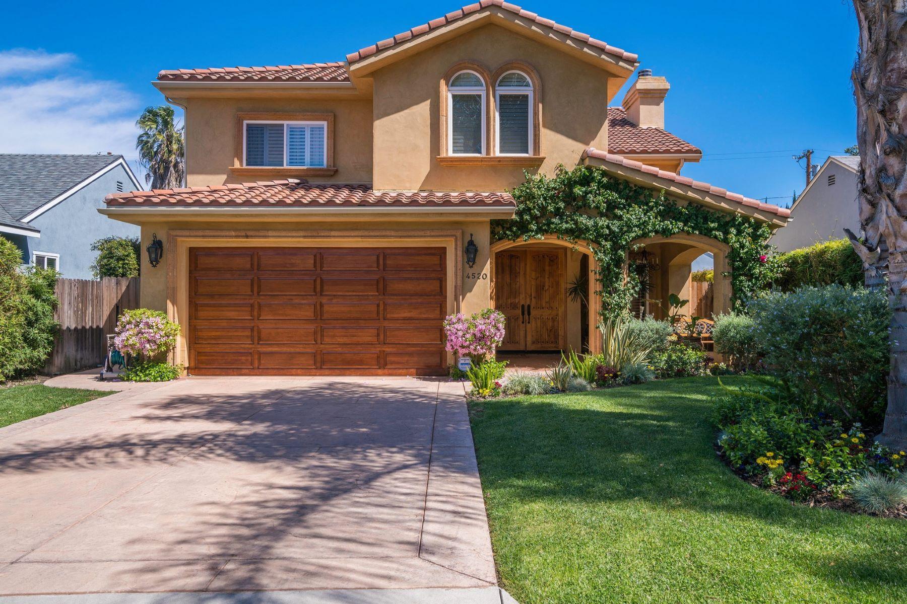 Maison unifamiliale pour l Vente à 4520 Tyrone Ave Sherman Oaks, Californie, 91423 États-Unis