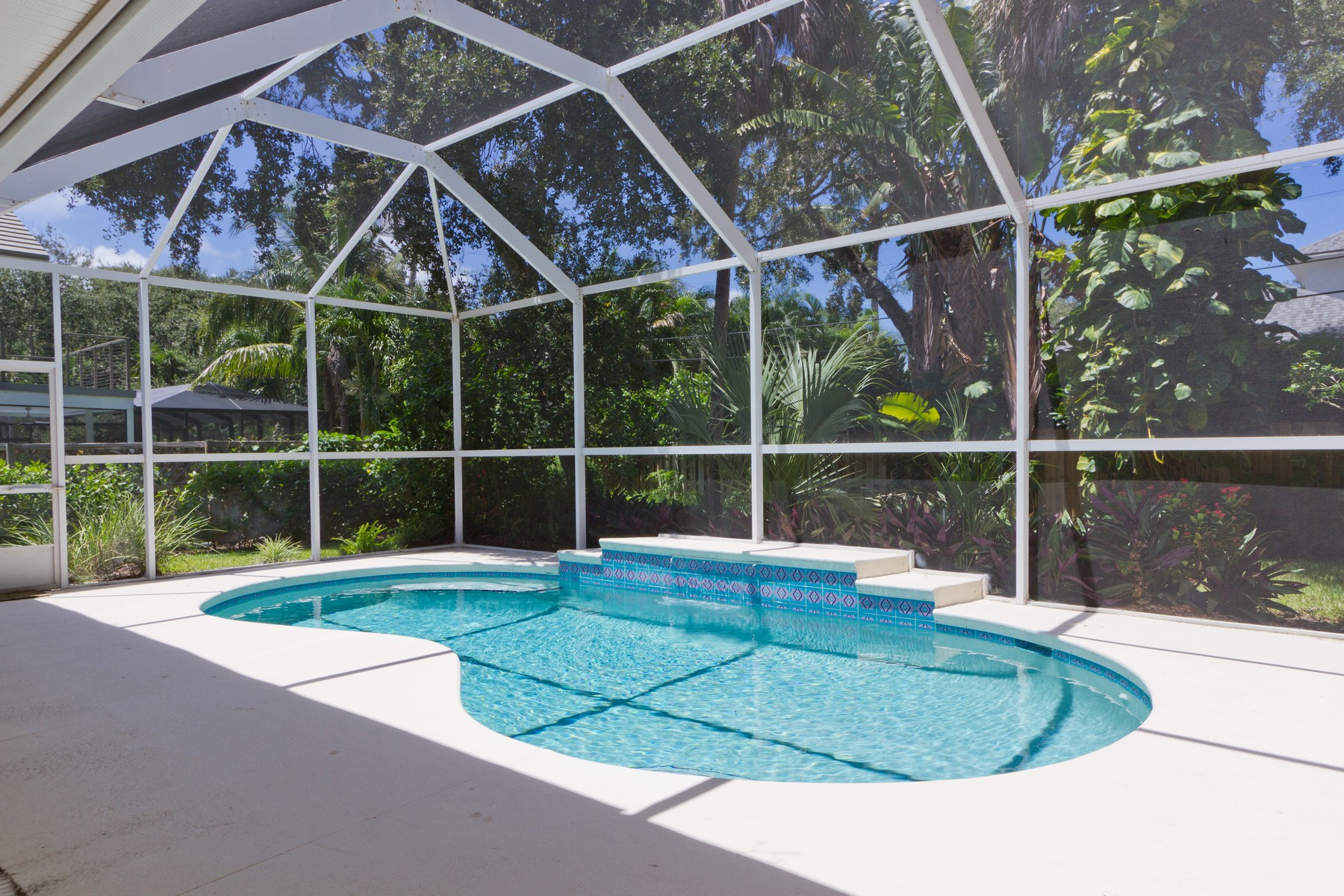 Additional photo for property listing at Gracious 4BD/3BA Pool Home! 901 Oyster Shell Lane Vero Beach, Florida 32963 United States
