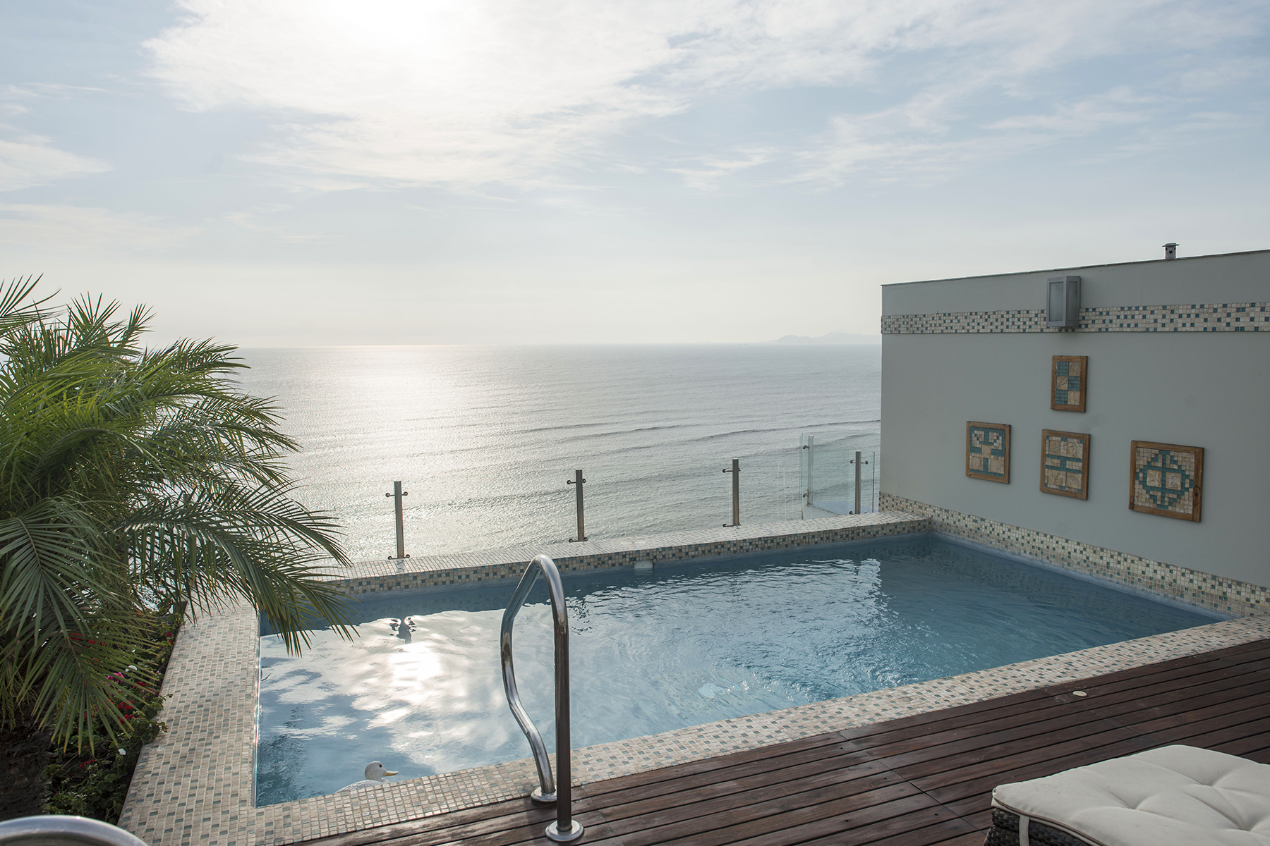 Luxurious pent-house with spectacular ocean view Malecón Junin Barranco, Lima 04 Peru