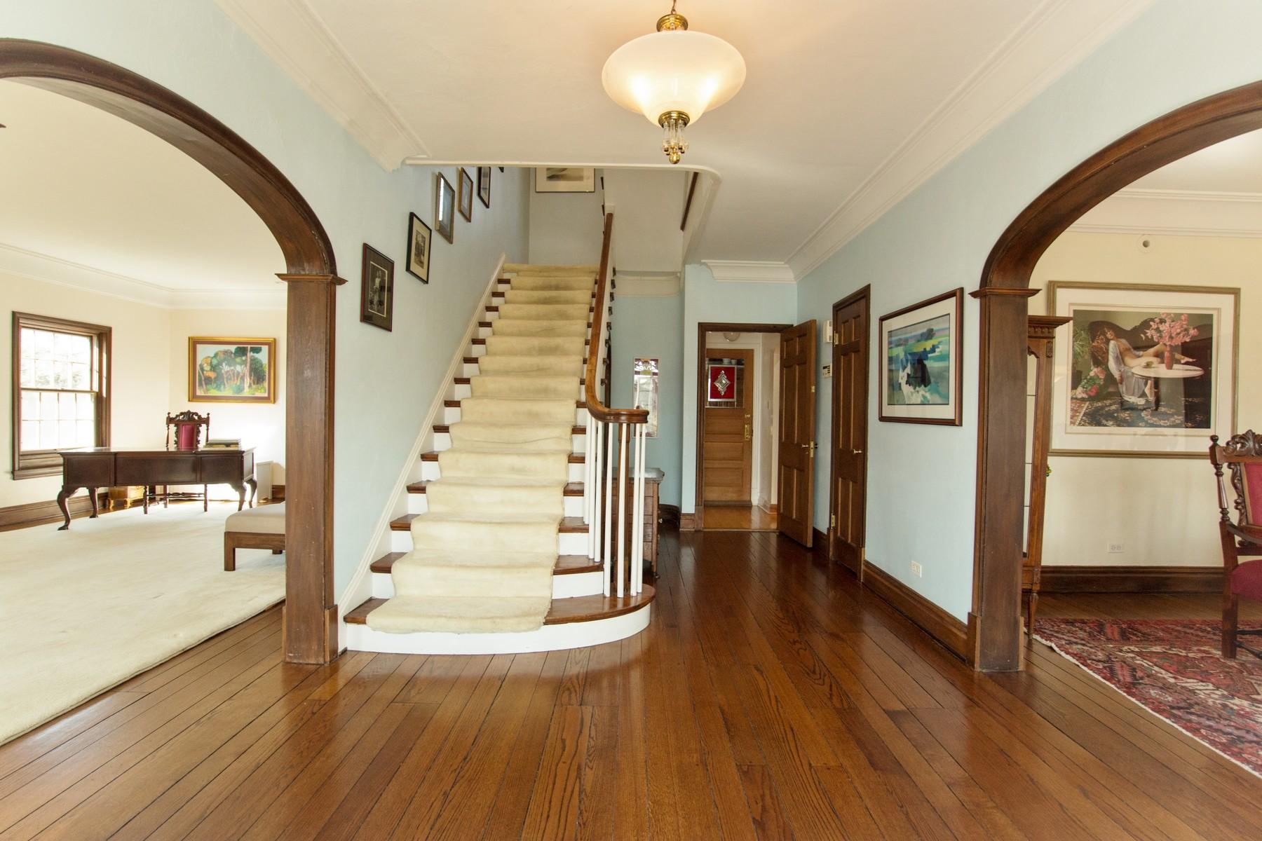 Casa Unifamiliar por un Venta en 644 S. County Line Road, Hinsdale Hinsdale, Illinois, 60521 Estados Unidos