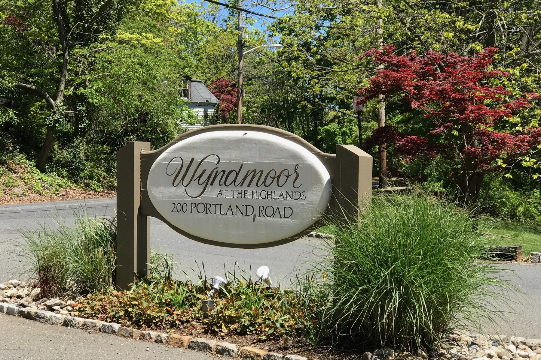 Additional photo for property listing at Highlands Condo 200 Portland Rd E9 Highlands, New Jersey 07732 United States