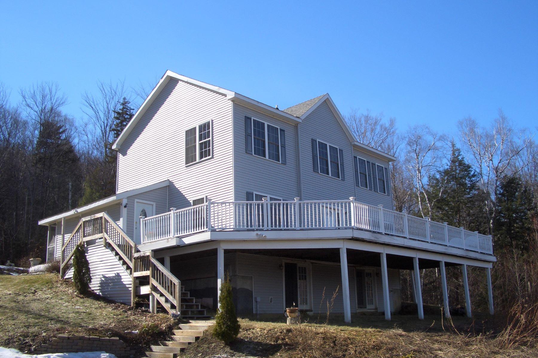 一戸建て のために 売買 アット This could be paradise 957 Clark Hill, West Rutland, バーモント, 05777 アメリカ合衆国