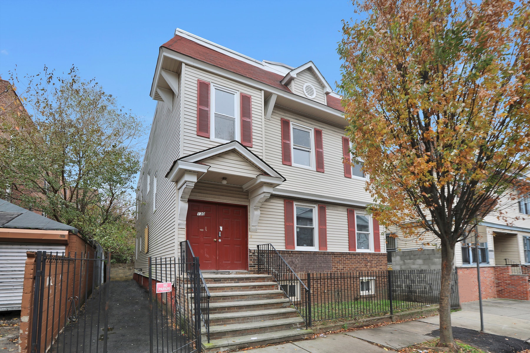 Multi-Family Homes for Active at Fully Renovated Two Family 130 Huntington Terrace Newark, New Jersey 07112 United States