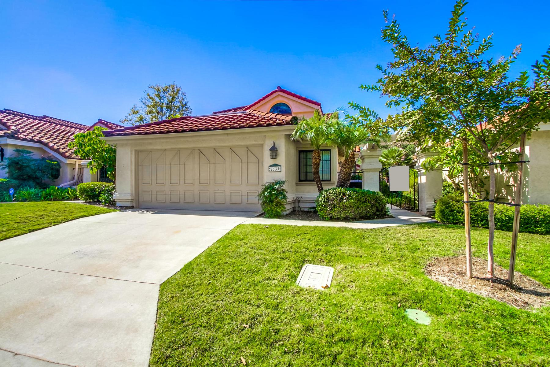 Single Family Homes for Sale at 2533 Holly Valley Drive Vista, California 92084 United States