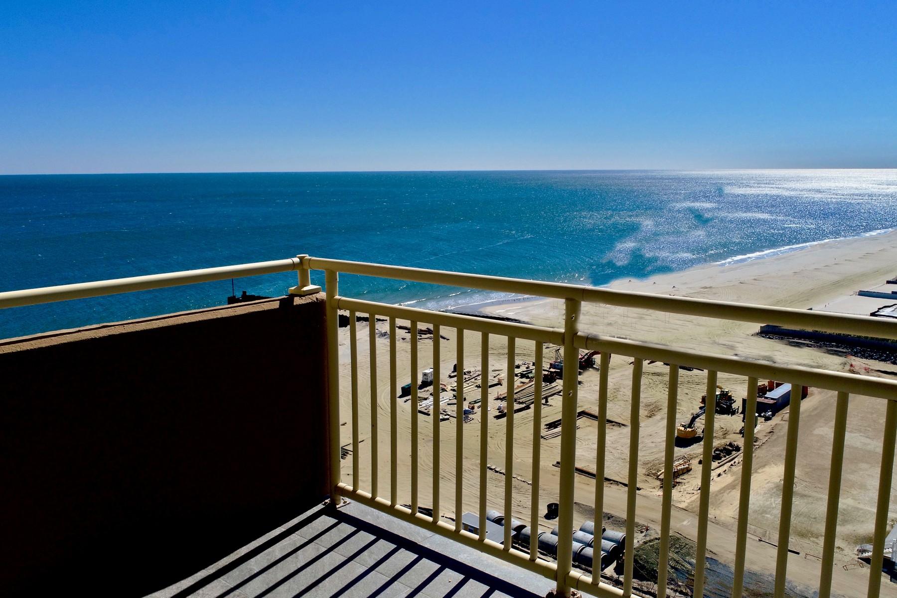Condominio por un Venta en Stunning Presence and Inviting Warmth 787 Ocean Ave 1805, Long Branch, Nueva Jersey 07740 Estados Unidos