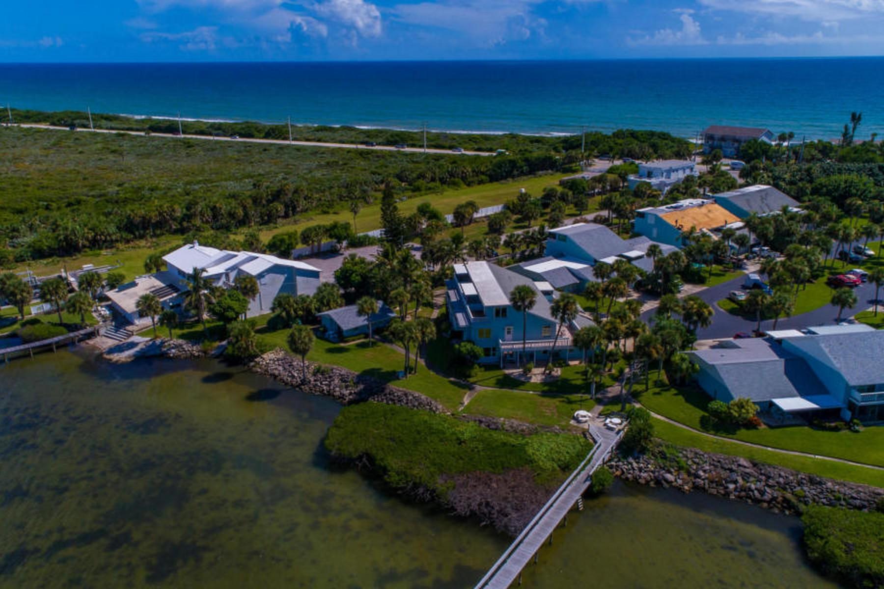 共管式独立产权公寓 为 销售 在 Elegant & completely updated condo 3 Cove Road Unit 3-A 墨尔本海滩, 佛罗里达州 32951 美国