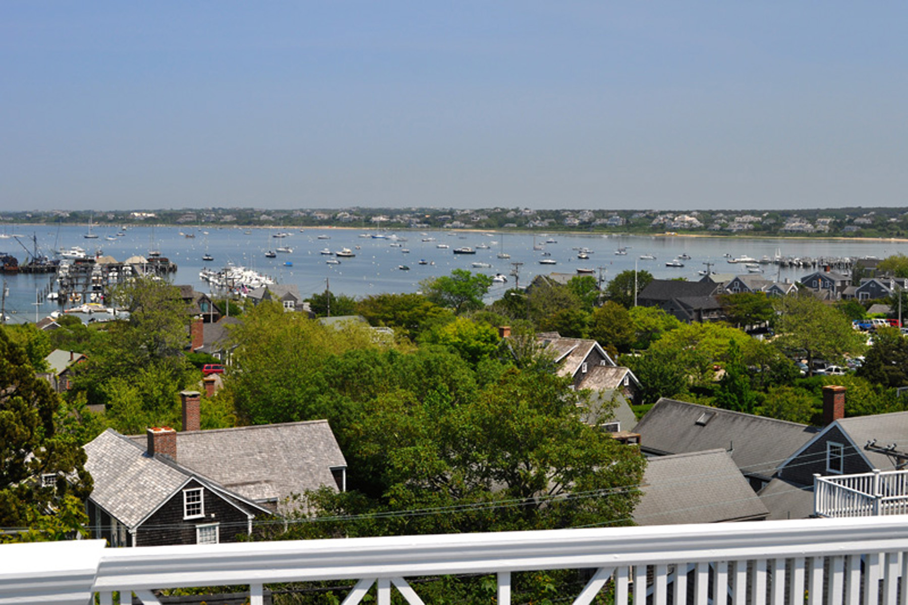 Additional photo for property listing at Long Hill 30 Orange Street Nantucket, Massachusetts 02554 United States