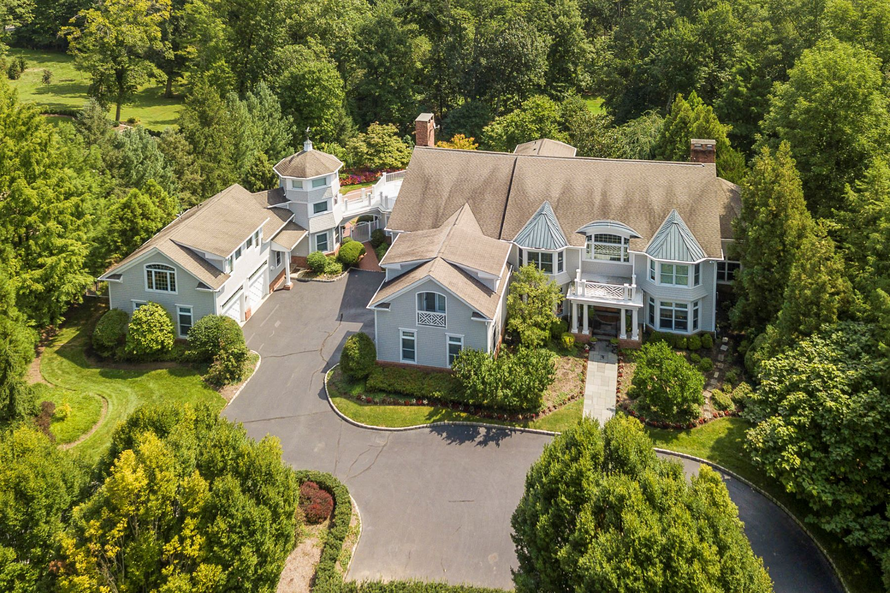 Single Family Home for Sale at Luxurious Living In A Class Of Its Own 17 Katies Pond Road, Princeton, New Jersey 08540 United StatesMunicipality: Princeton