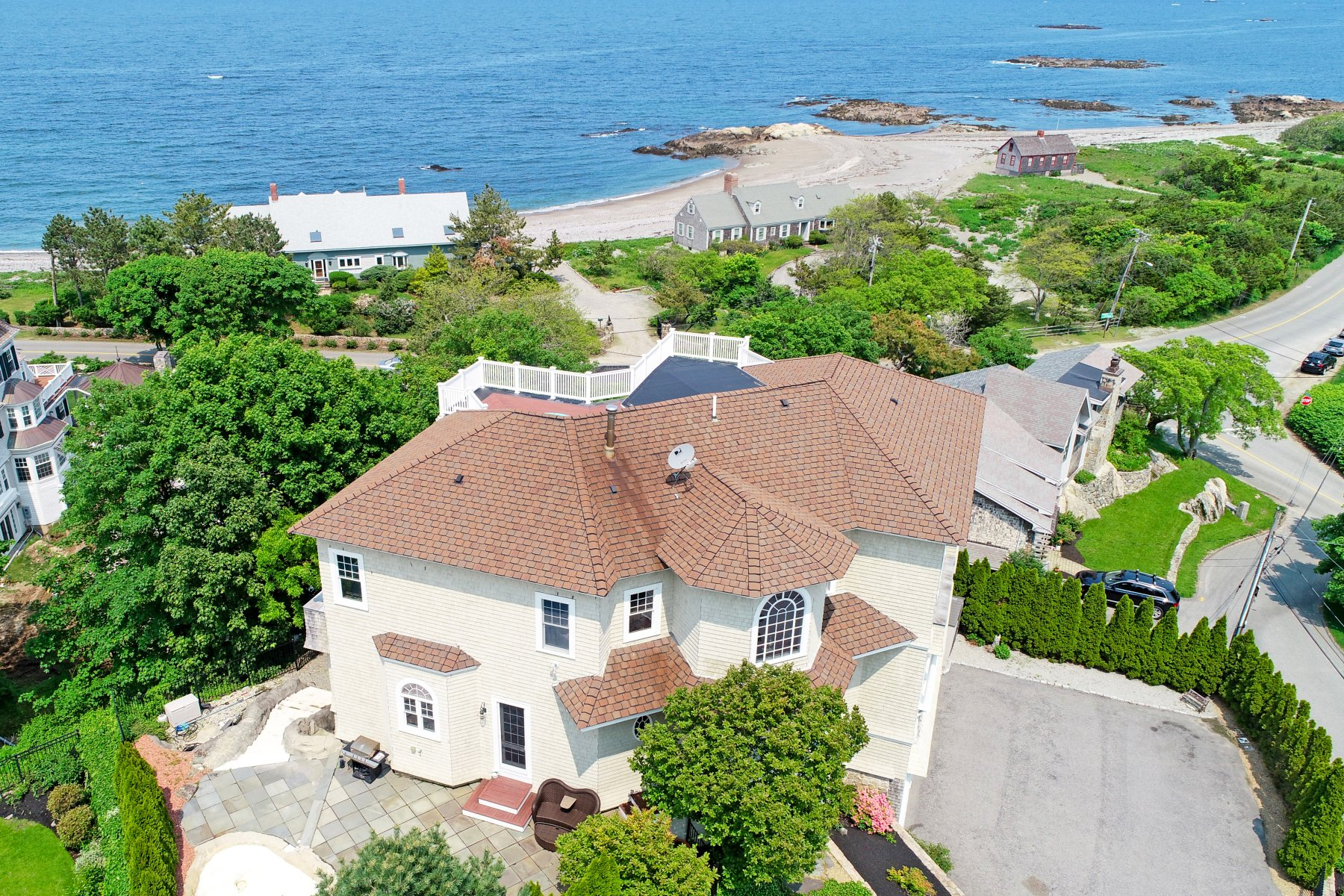 Single Family Homes for Active at 3 Jerusalem Lane Cohasset, Massachusetts 02025 United States