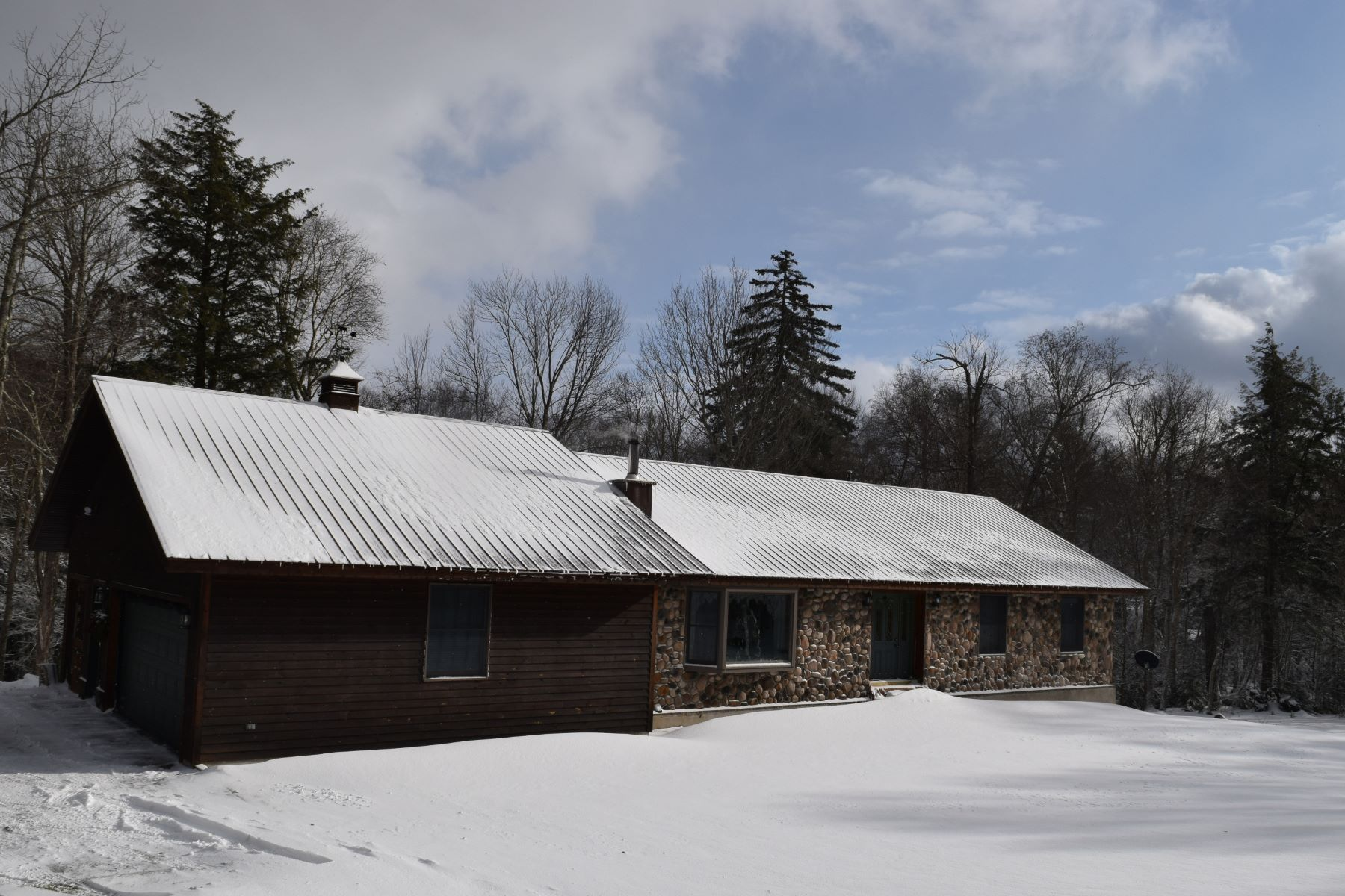 Single Family Homes for Active at Snowmobilers Dream Estate 300 Twitchell Road Eagle Bay, New York 13331 United States