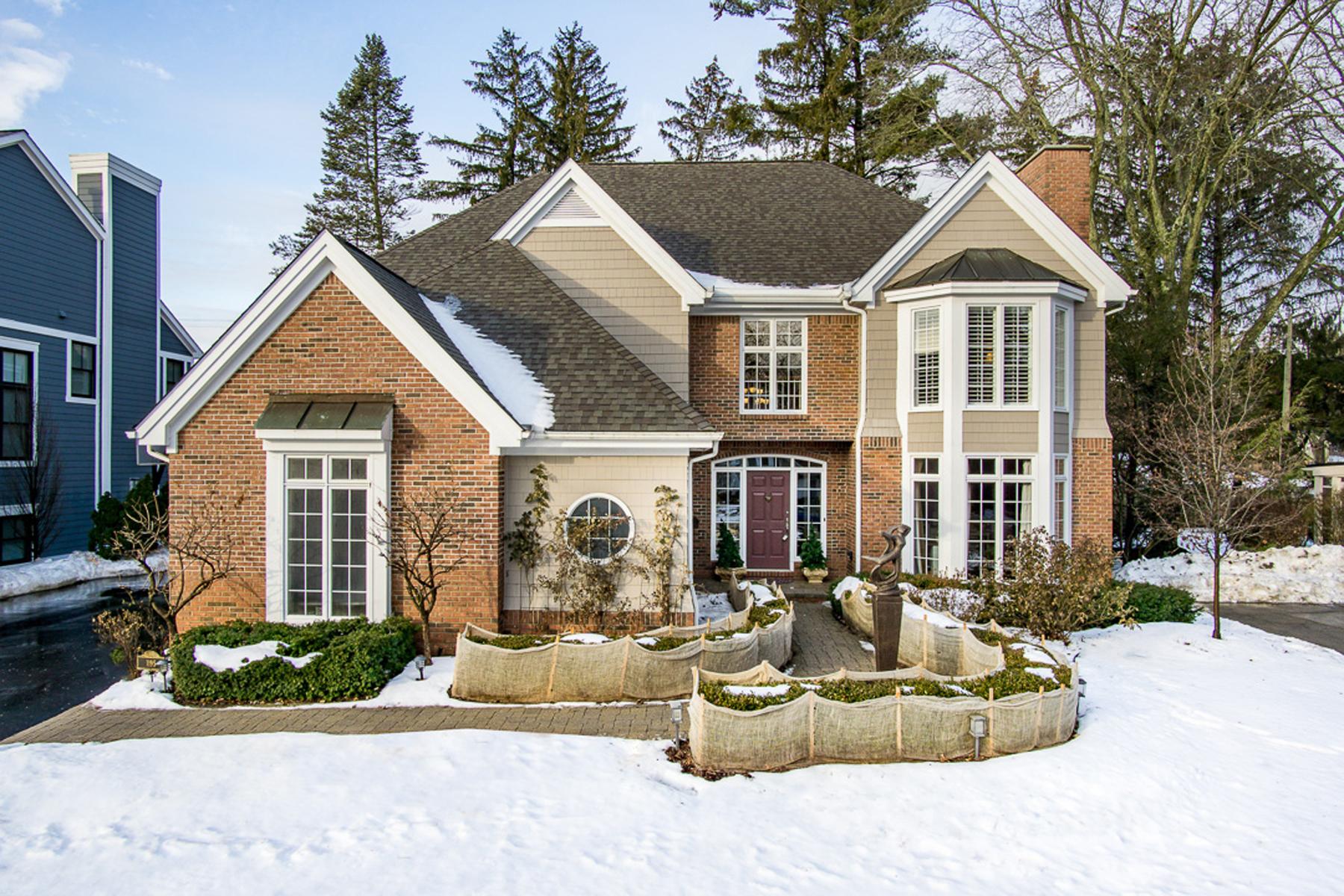 Maison unifamiliale pour l Vente à Birmingham 1195 Fairfax Street, Birmingham, Michigan, 48009 États-Unis