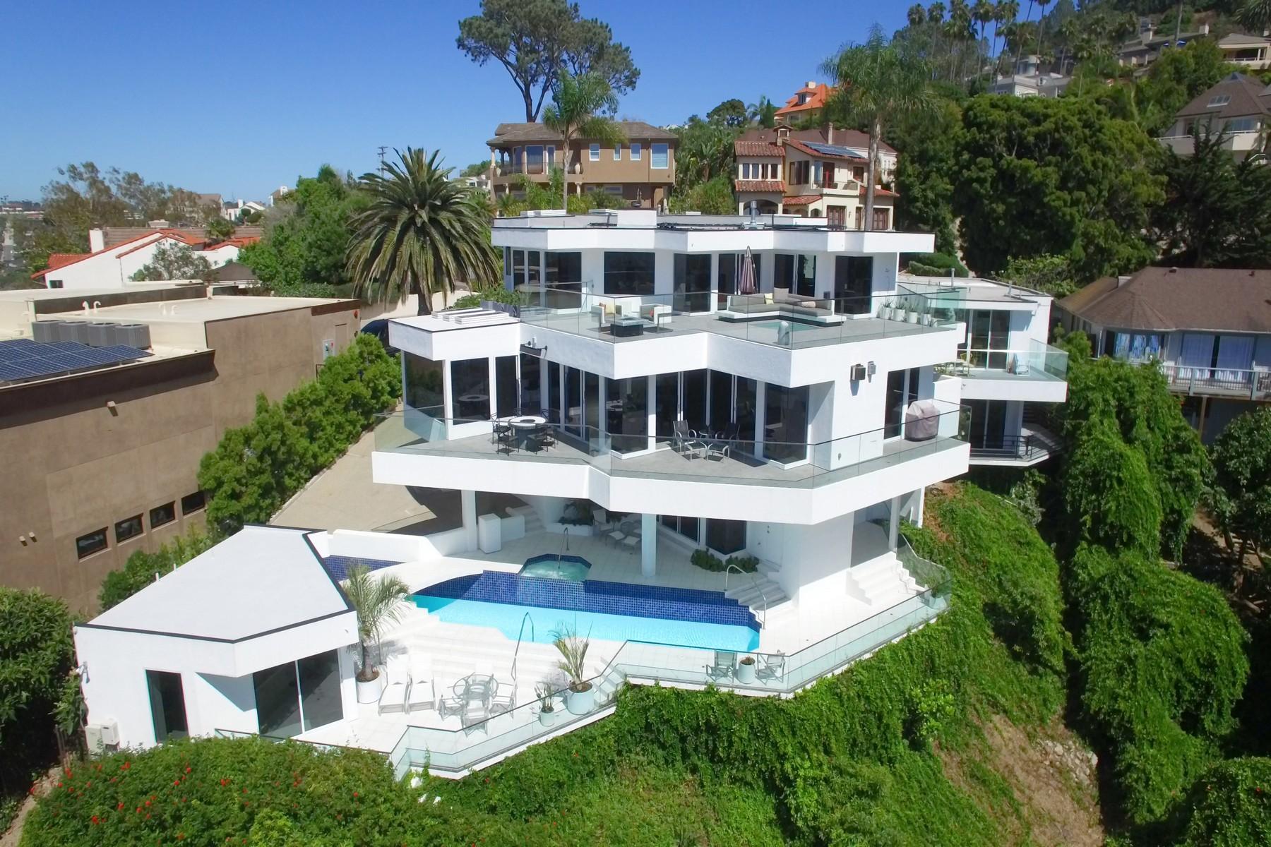 Single Family Home for Sale at 7651 Hillside La Jolla, California, 92037 United States