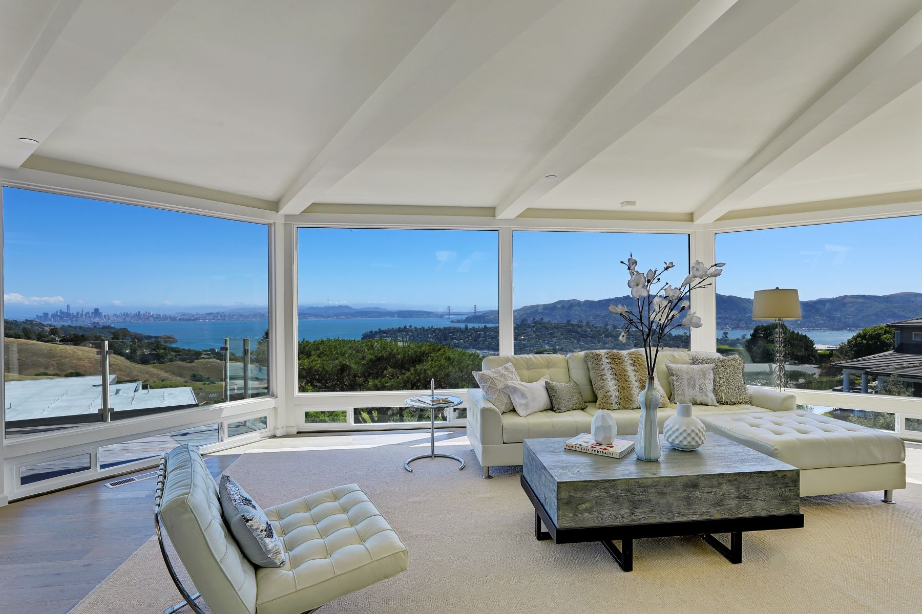 Single Family Home for Sale at Expansive, Unobstructed Views! 2 Heathcliff Dr Tiburon, California, 94920 United States