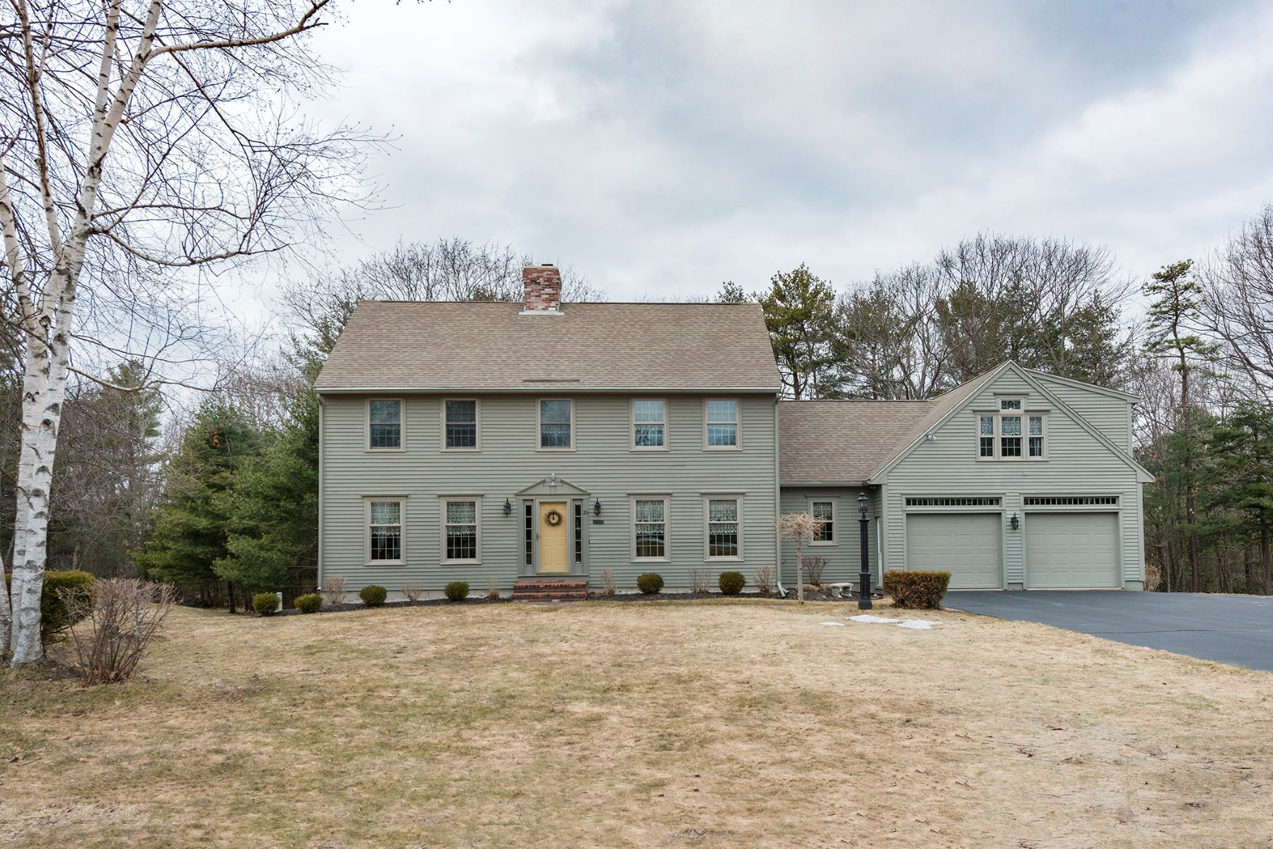 Single Family Home for Sale at 26 Pine Ledge Drive 26 Pine Ledge Drive Scarborough, Maine 04074 United States