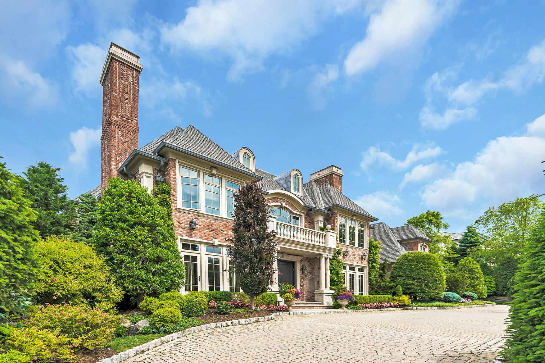 Single Family Homes por un Venta en Extraordinary Manor Estate 129 Truman Dr, Cresskill, Nueva Jersey 07626 Estados Unidos