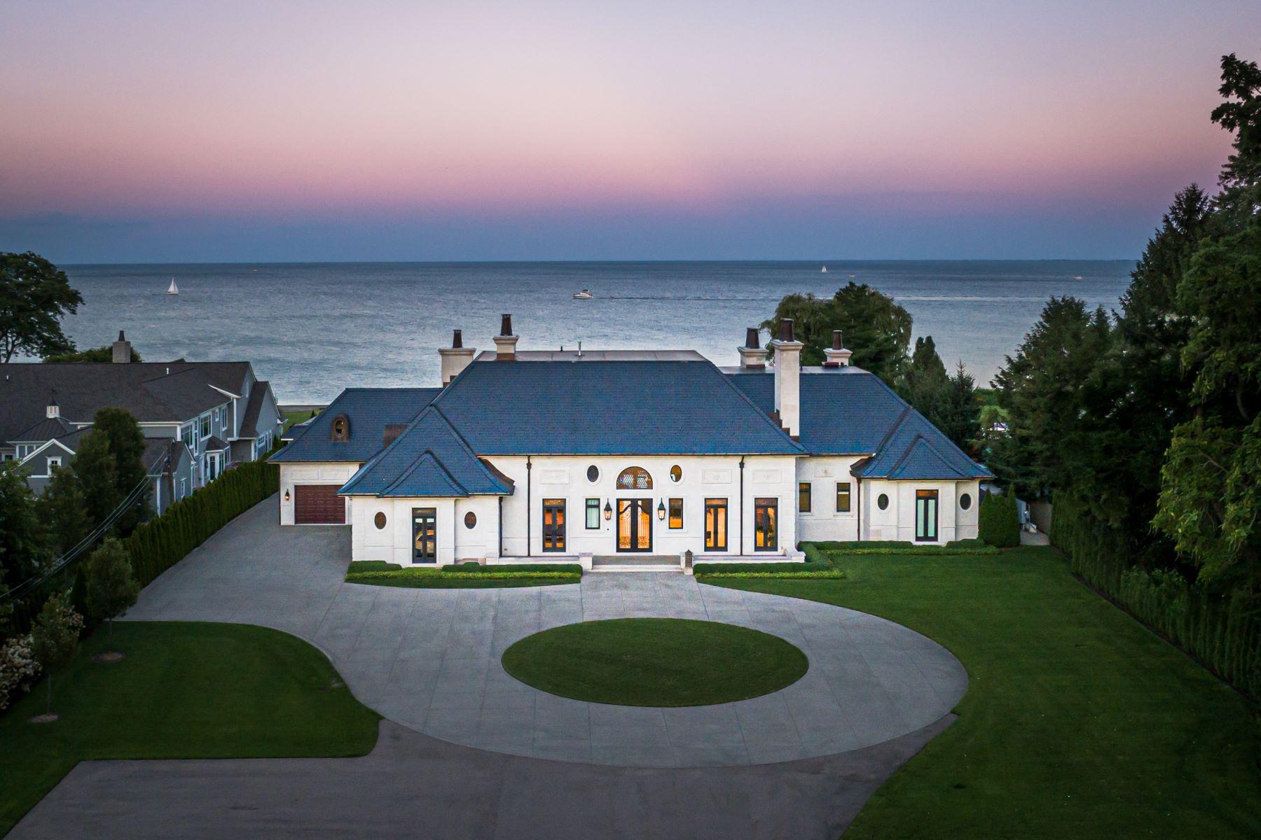 Single Family Homes 為 出售 在 Grosse Pointe Shores 984 Lakeshore Rd, Grosse Pointe Shores, 密歇根州 48236 美國