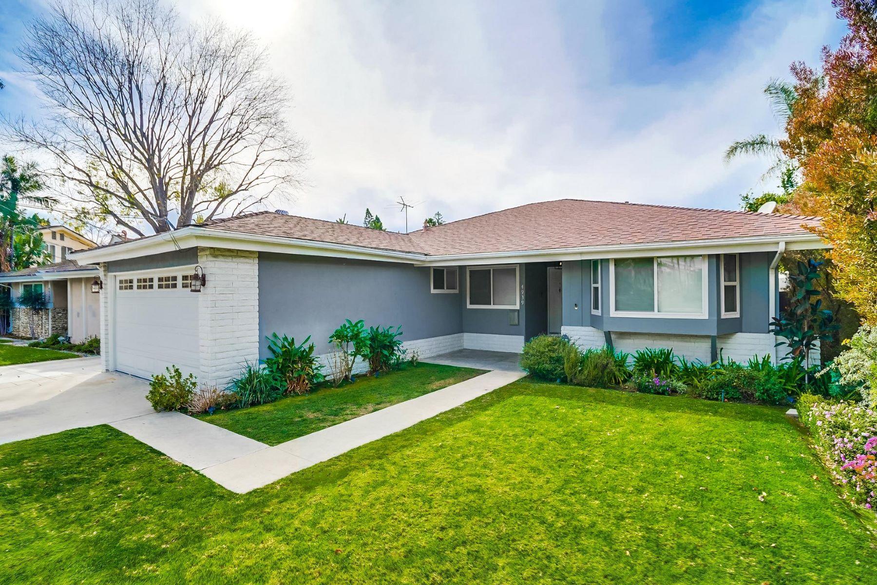 Single Family Homes para Venda às Valley Village, Califórnia 91607 Estados Unidos