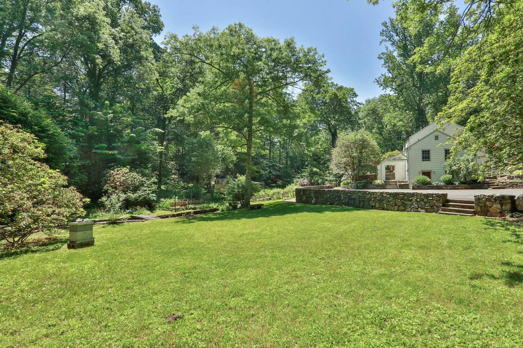 Single Family Home for Sale at Idyllic In-town Estate 76 Marcourt Dr Chappaqua, New York 10514 United States