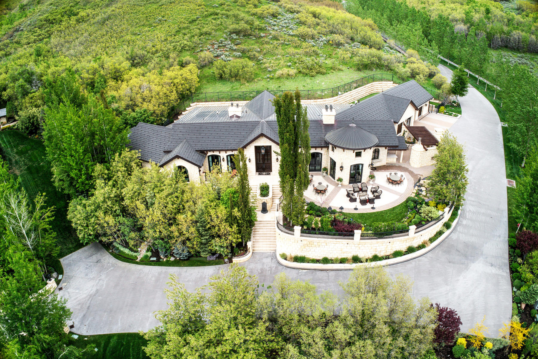 Single Family Homes vì Bán tại Private Luxury Estates on 183 Acres 6451 E Brigham Fork Cir, Salt Lake City, Utah 84108 Hoa Kỳ