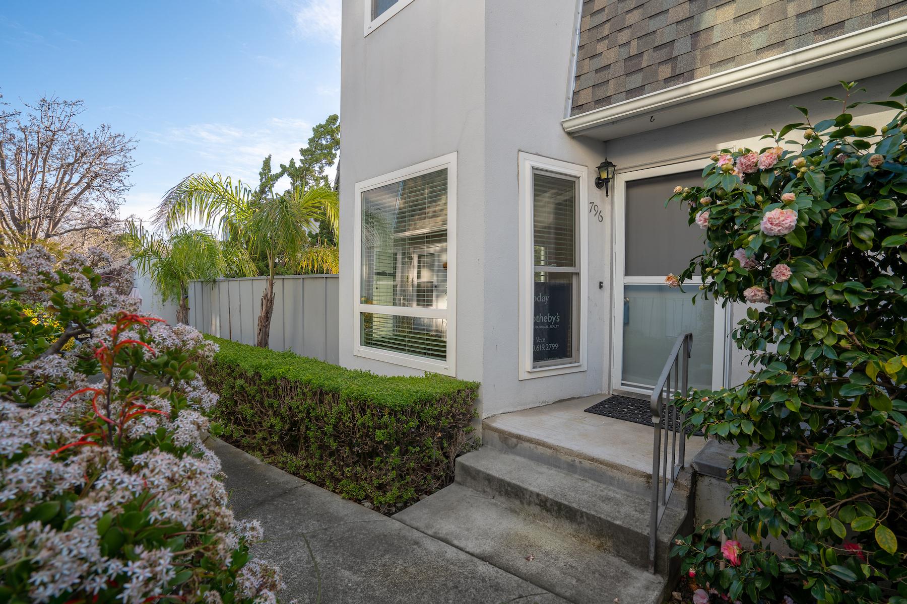 Condominium for Active at Wonderful Condominium 796 Arguello Street, #104 Redwood City, California 94063 United States