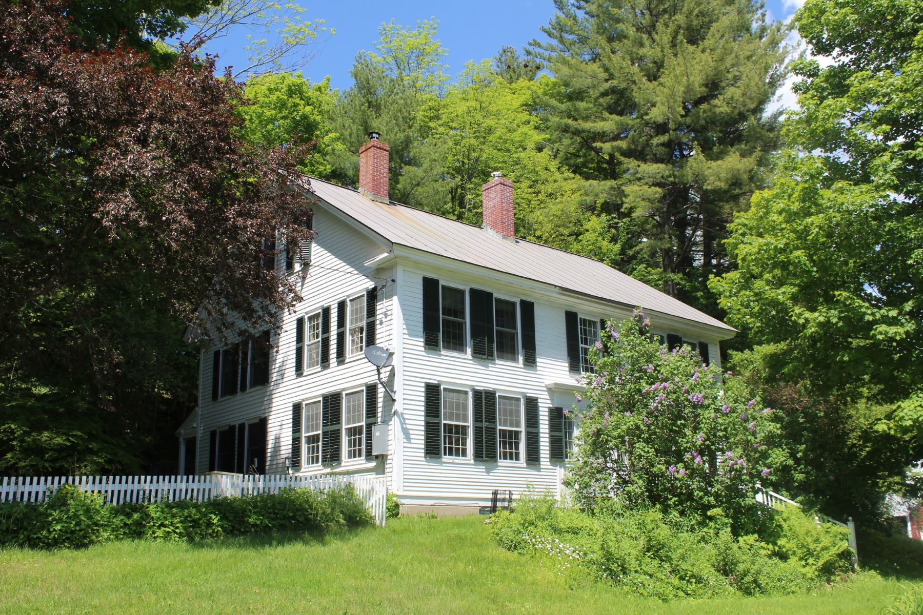 Single Family Homes for Sale at 18 Brook Road, Strafford 18 Brook Rd Strafford, Vermont 05072 United States