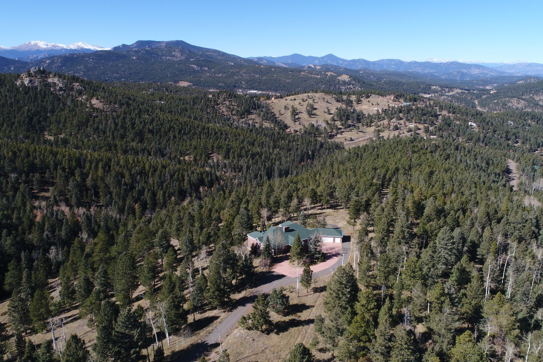 Casa para uma família para Venda às Ideally situated on 338± pristine acres of land! 26271 Richmond Hill Rd, Conifer, Colorado, 80433 Estados Unidos