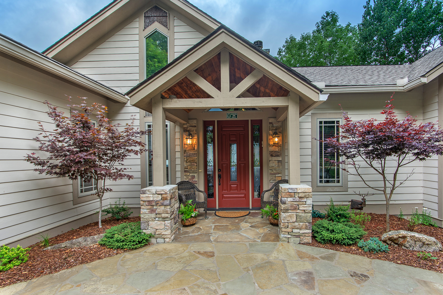 Single Family Homes for Active at BEECH MOUNTAIN - THE CLIFFS 114 Raven Rd Beech Mountain, North Carolina 28604 United States