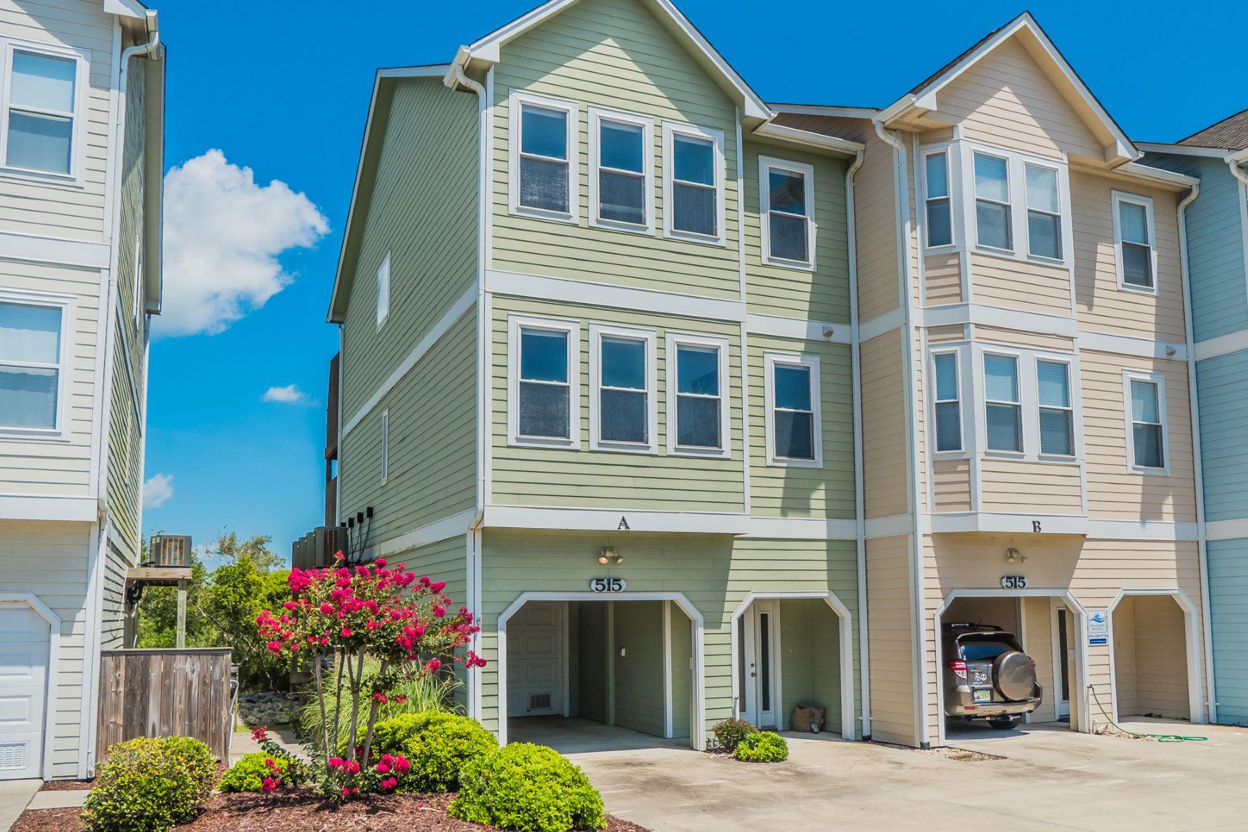 Maison en rangée pour l Vente à Glorious Sunsets Over the Intracoastal 515 N New River Drive A Surf City, Carolina Du Nord, 28445 États-Unis