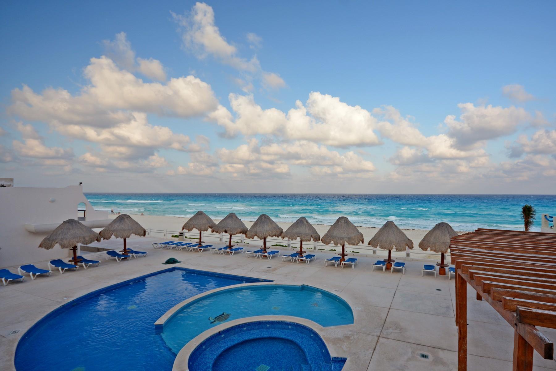 Condominium for Sale at CANCUN BEACHFRONT VILLA Condominio Villas Marlin Depto. 121, Lte. 23 Cancun, 77500 Mexico