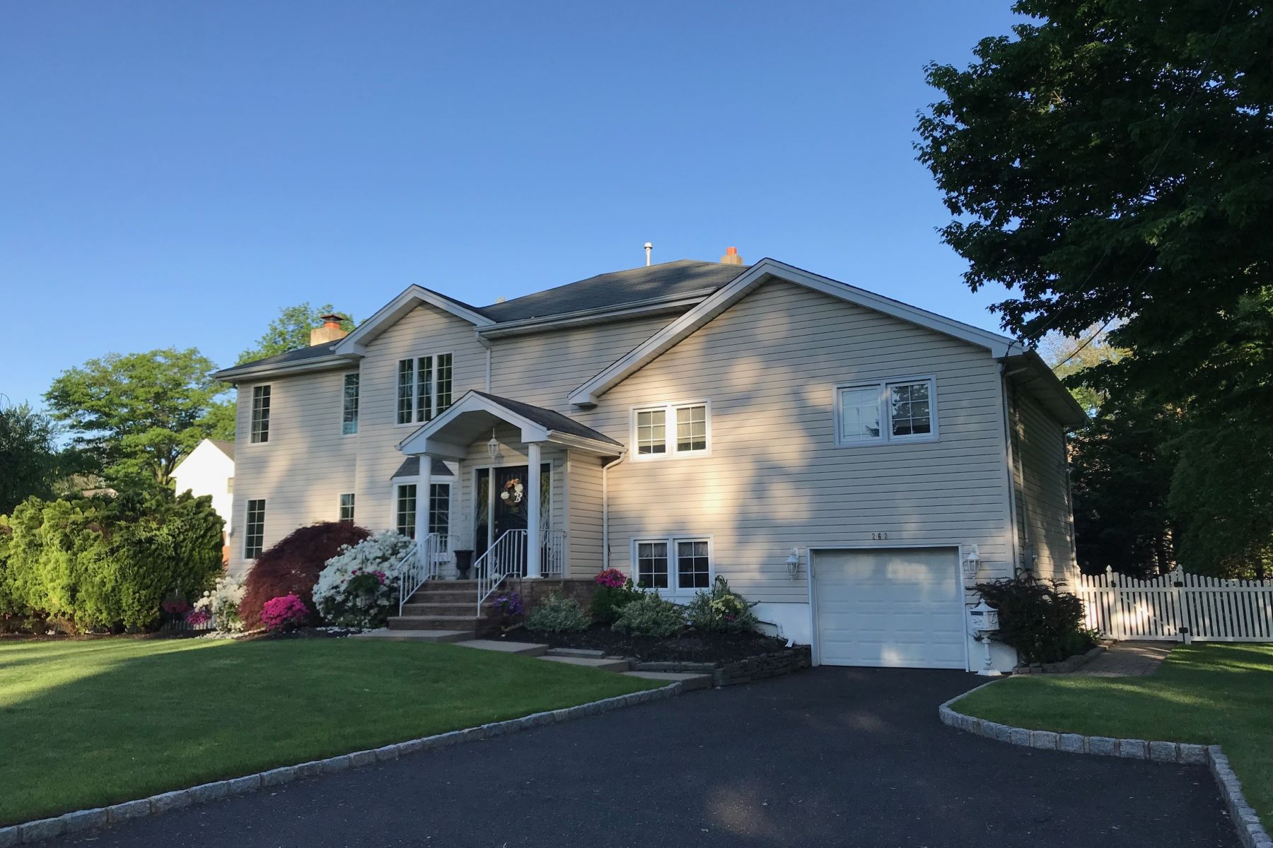 Single Family Homes for Sale at Prestigious Schlagel Lake Community 262 Woodfield Rd Township Of Washington, New Jersey 07676 United States