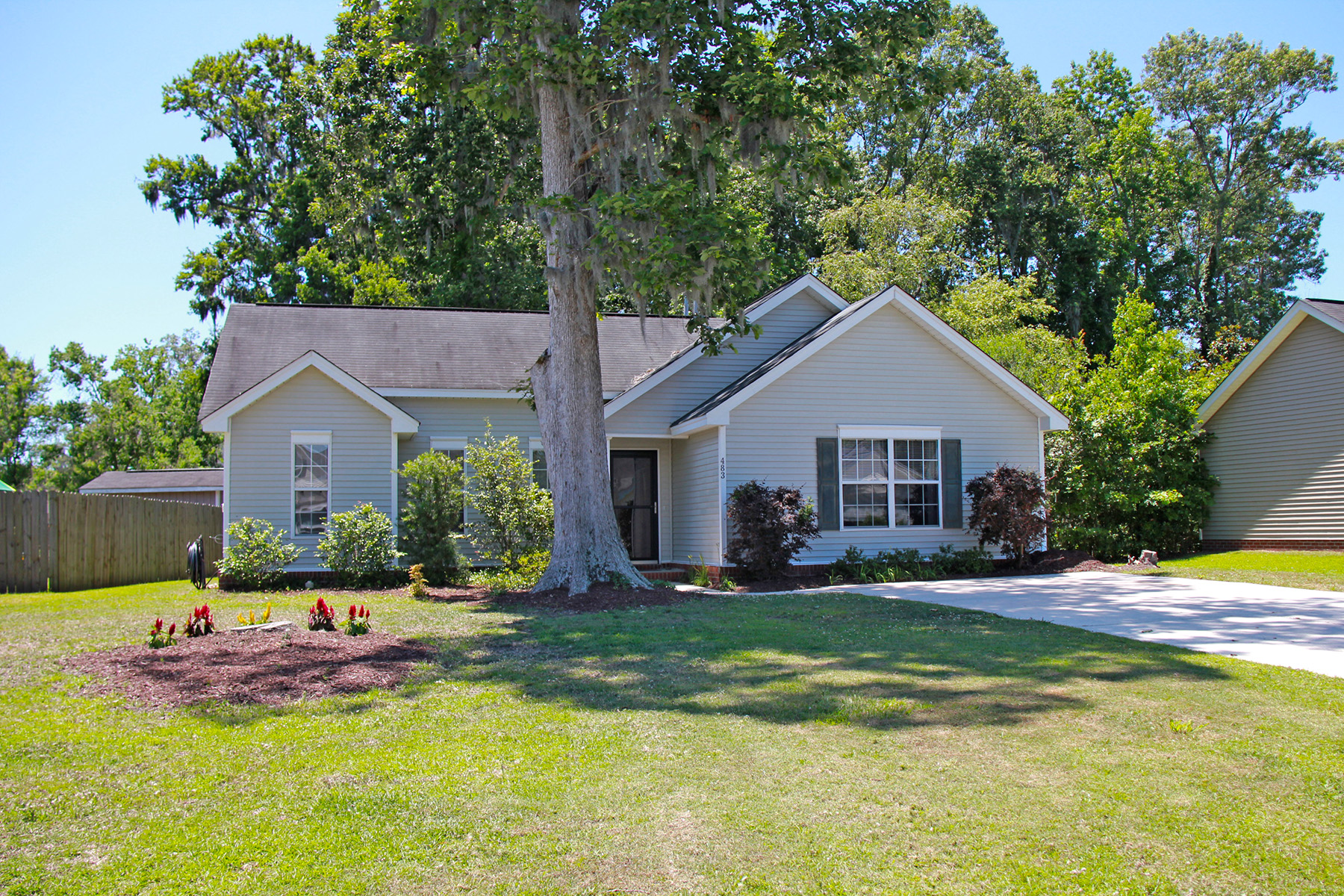 Single Family Home for Sale at 483 Hainsworth Drive Charleston, South Carolina, 29414 United States