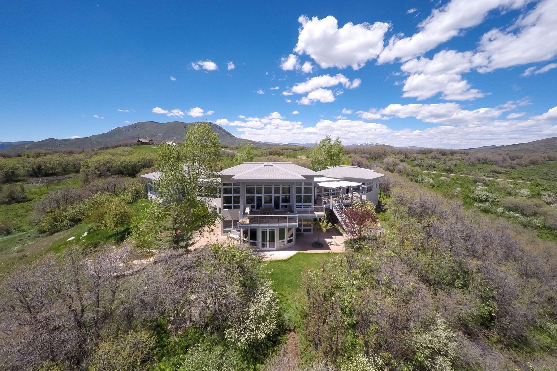 Maison unifamiliale pour l Vente à PRIVACY WITH ENDLESS VIEWS 43600 Old Elk Trail Steamboat Springs, Colorado 80487 États-Unis