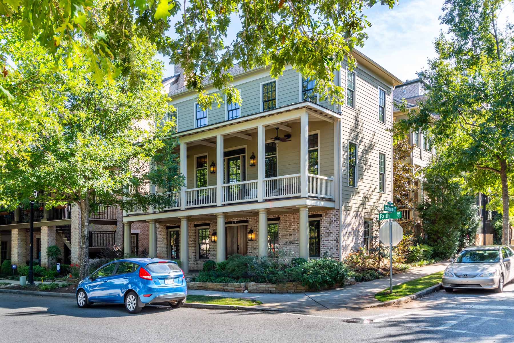 Single Family Home for Rent at Stunning Hedgewood Home For Lease In Glenwood Park! Directly On The Park! 929 Faith Avenue SE A Atlanta, Georgia 30316 United States